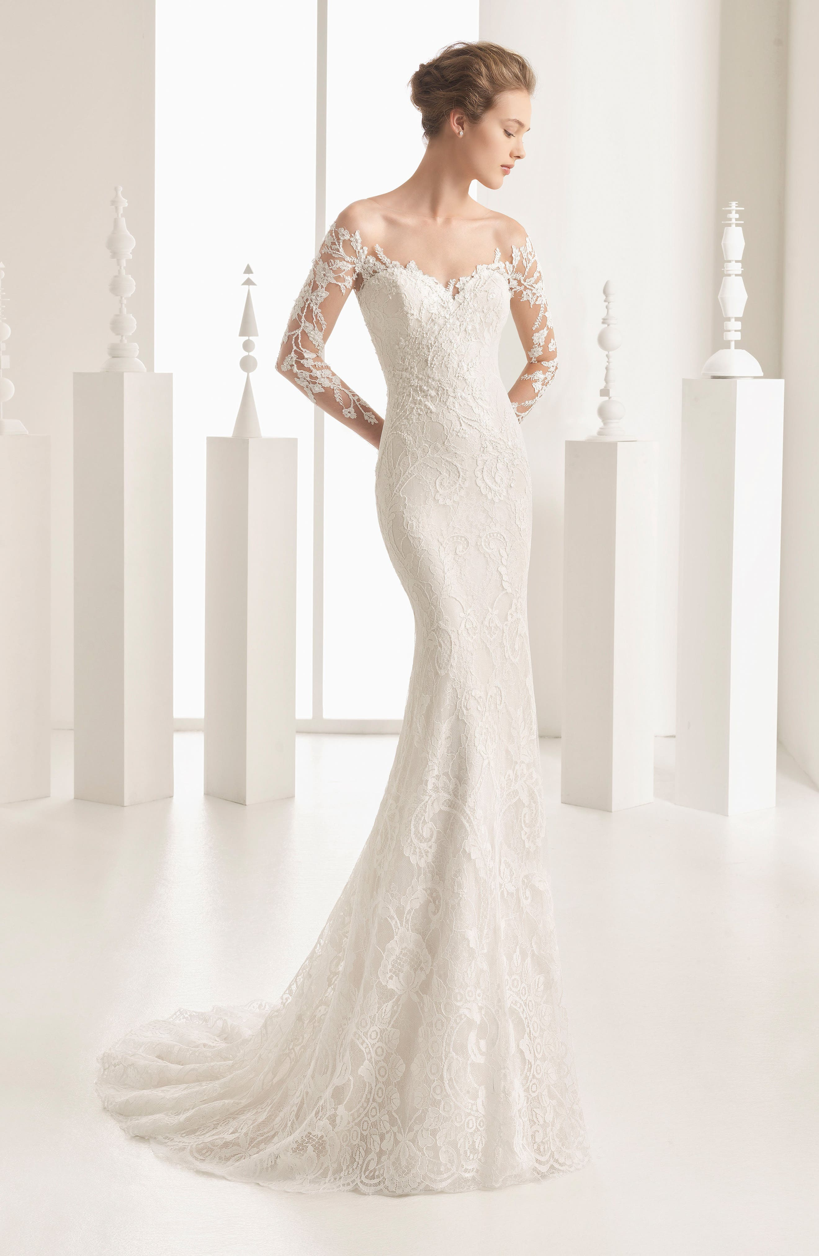 Naim Strapless Illusion Lace Mermaid Gown,                             Alternate thumbnail 4, color,                             900