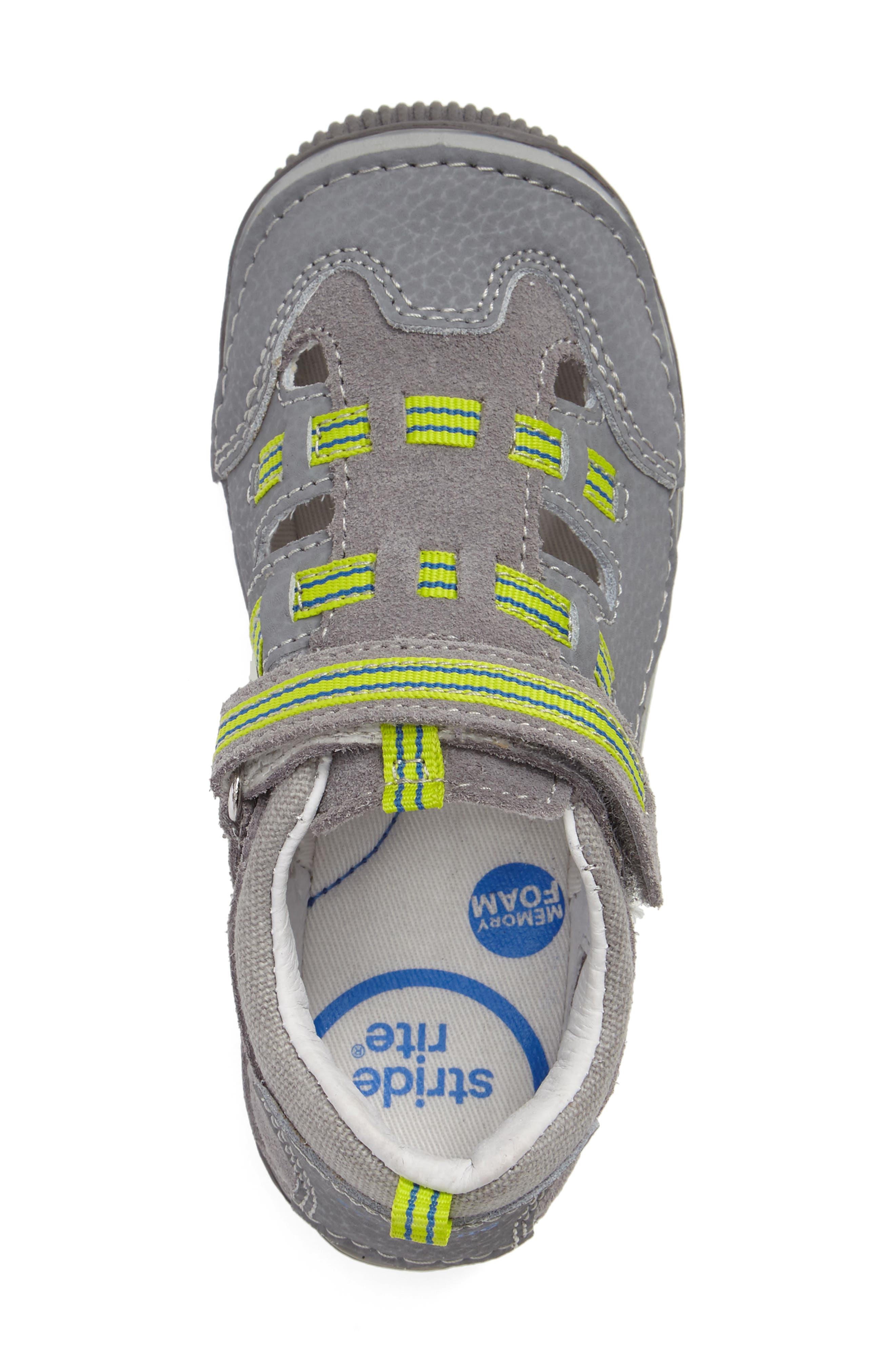 Reggie Cutout Sneaker,                             Alternate thumbnail 3, color,                             020