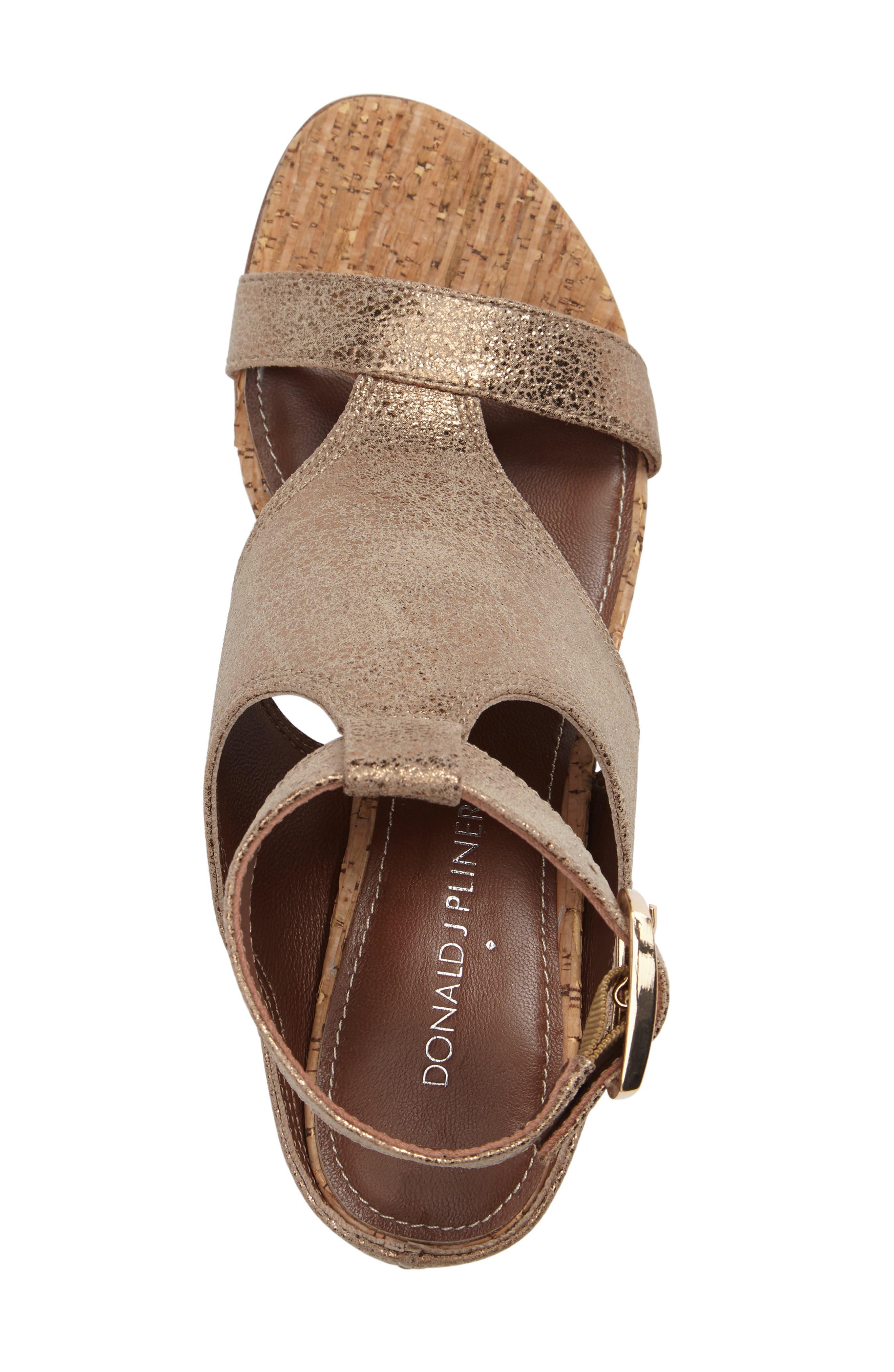 Donald J Pliner Ellee Block Heel Sandal,                             Alternate thumbnail 9, color,