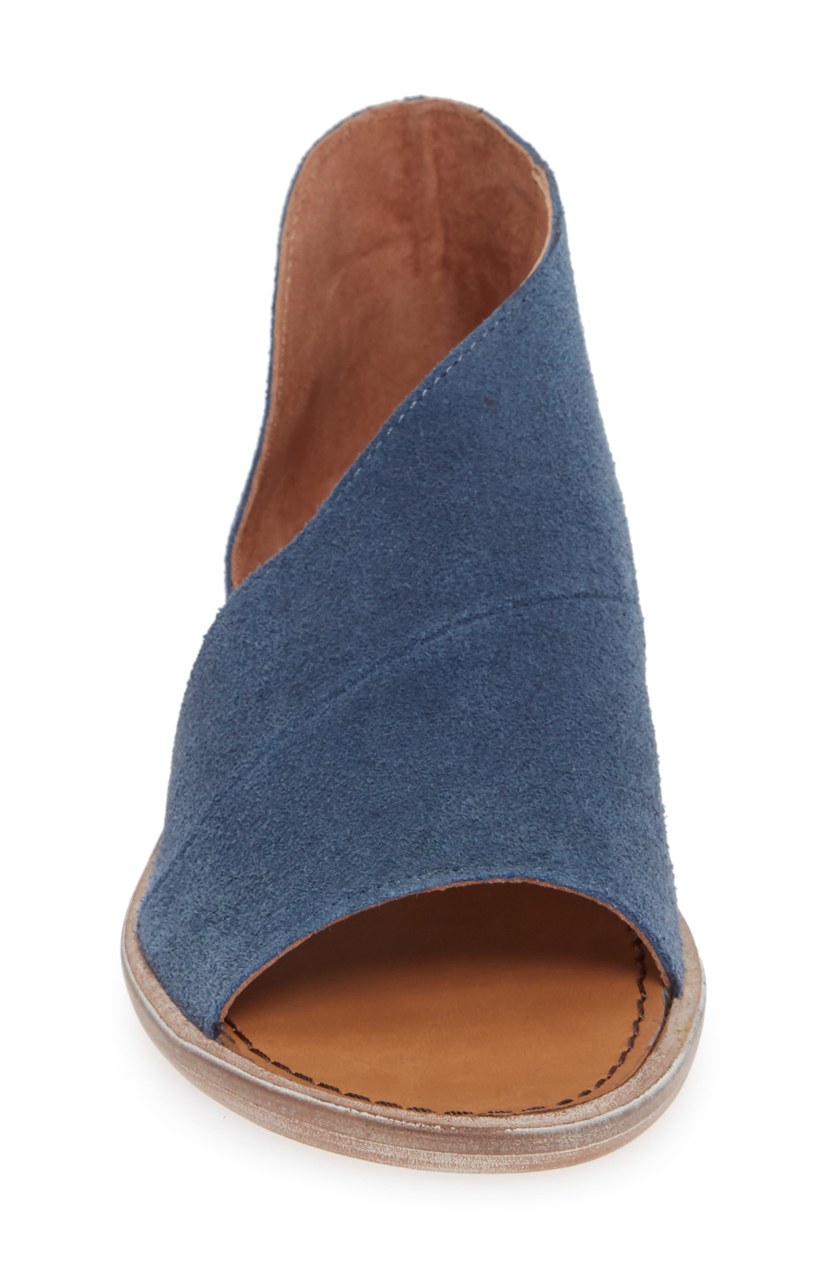 'Mont Blanc' Asymmetrical Sandal,                             Alternate thumbnail 4, color,                             BLUE SUEDE
