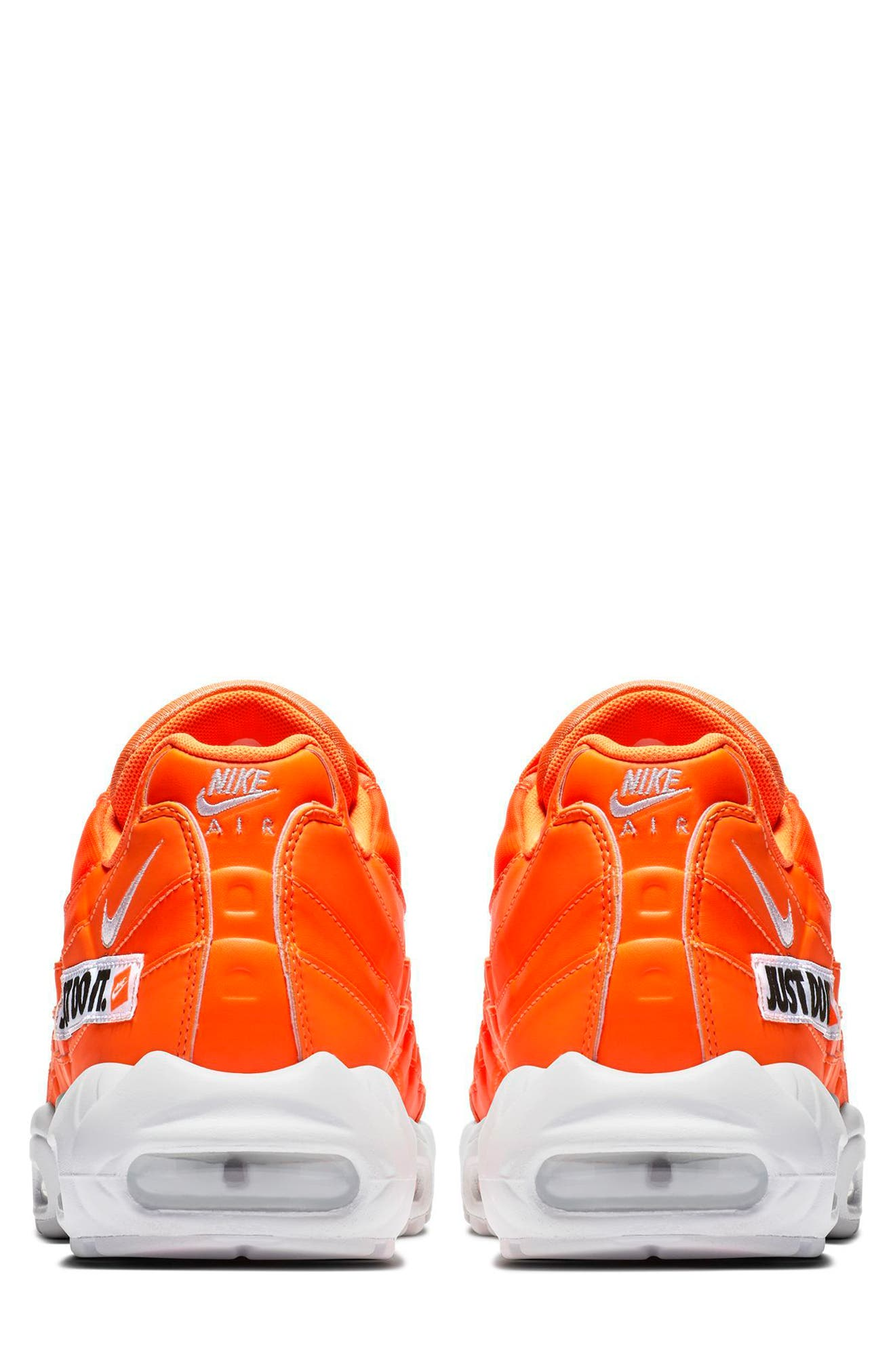 Air Max 95 SE Running Shoe,                             Alternate thumbnail 2, color,                             ORANGE/ WHT-BLK