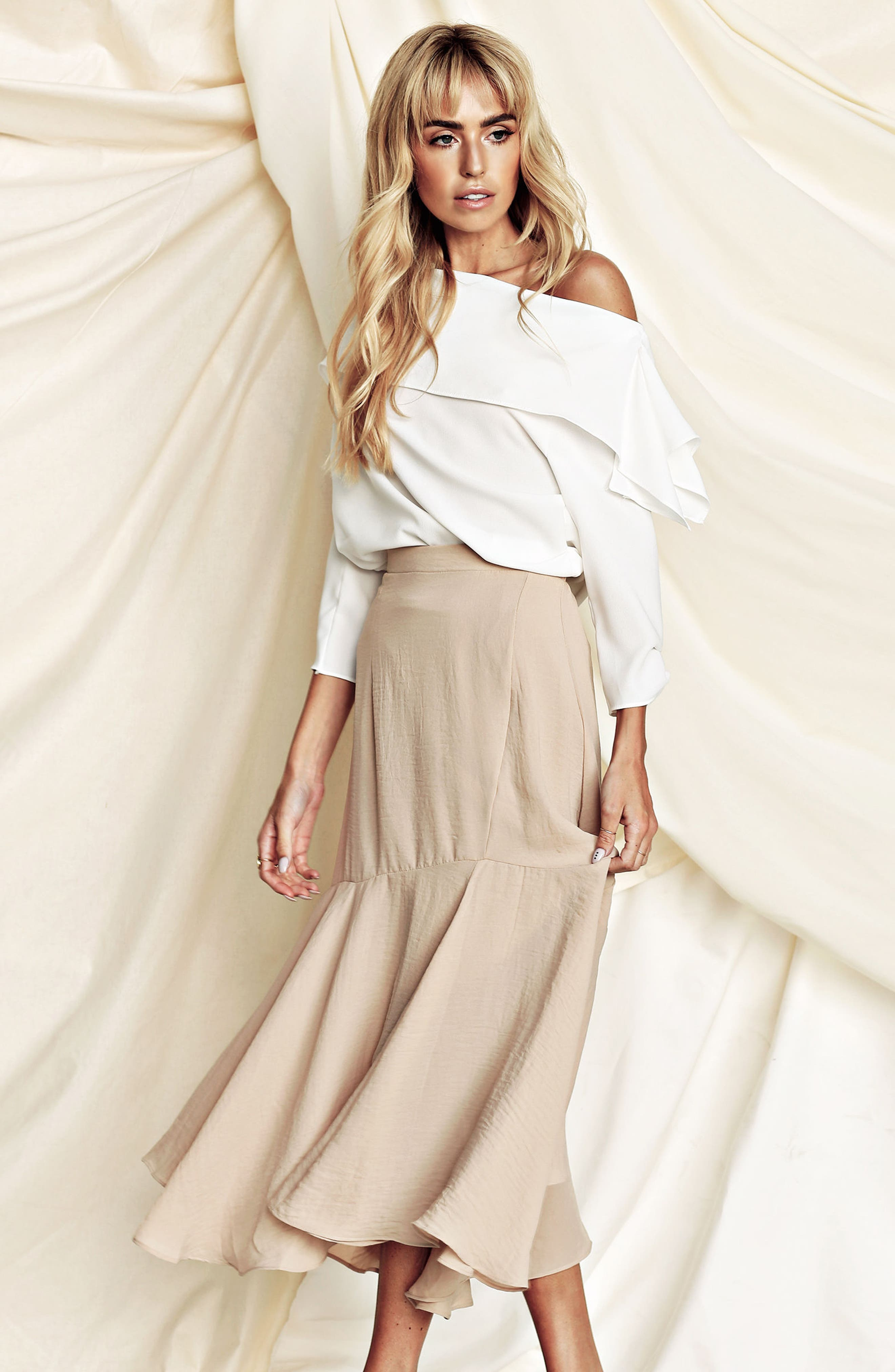 The Picture Perfect Off the Shoulder Blouse,                             Alternate thumbnail 14, color,