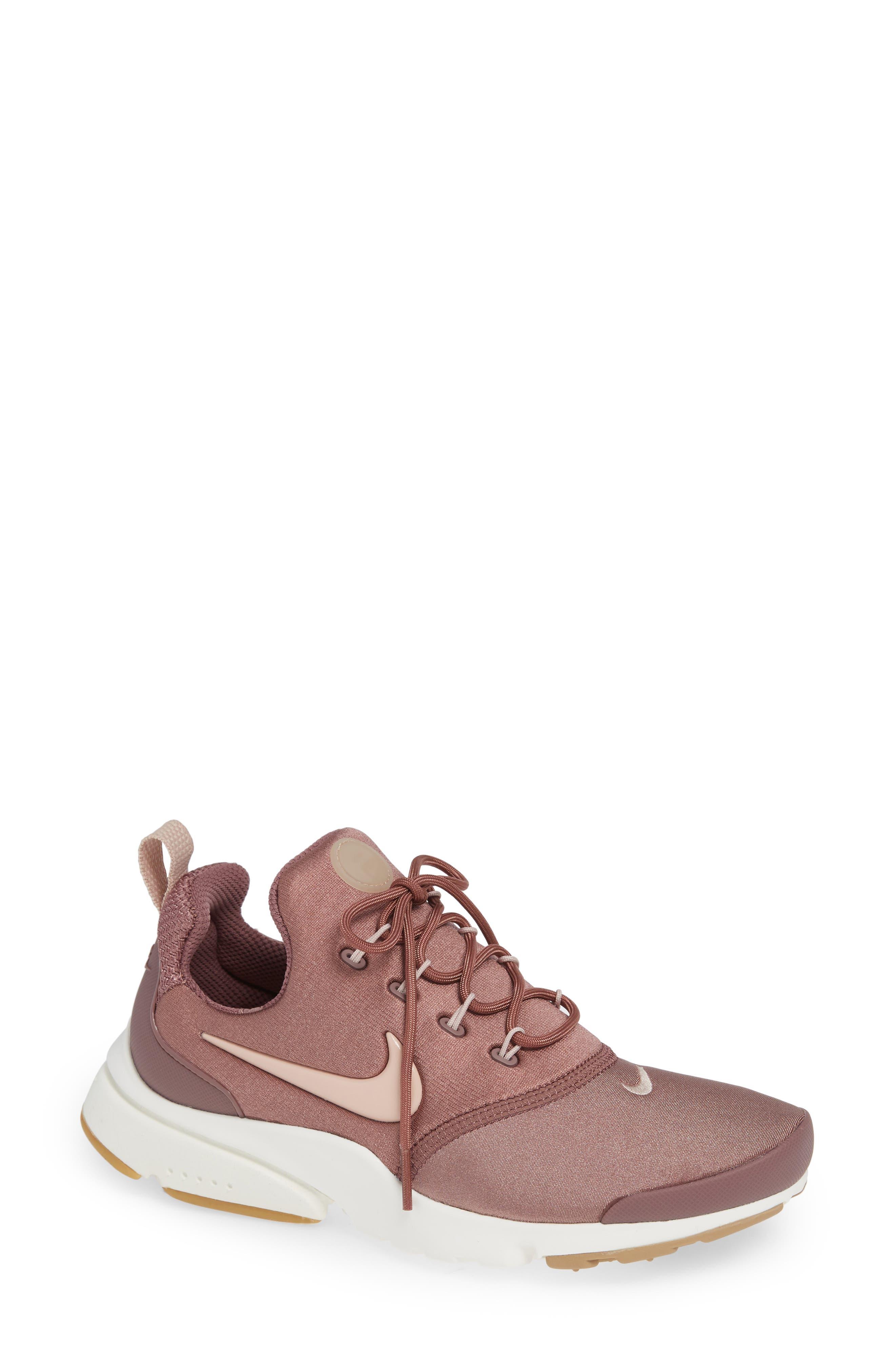 Presto Fly Sneaker in Smokey Mauve/ Particle Beige