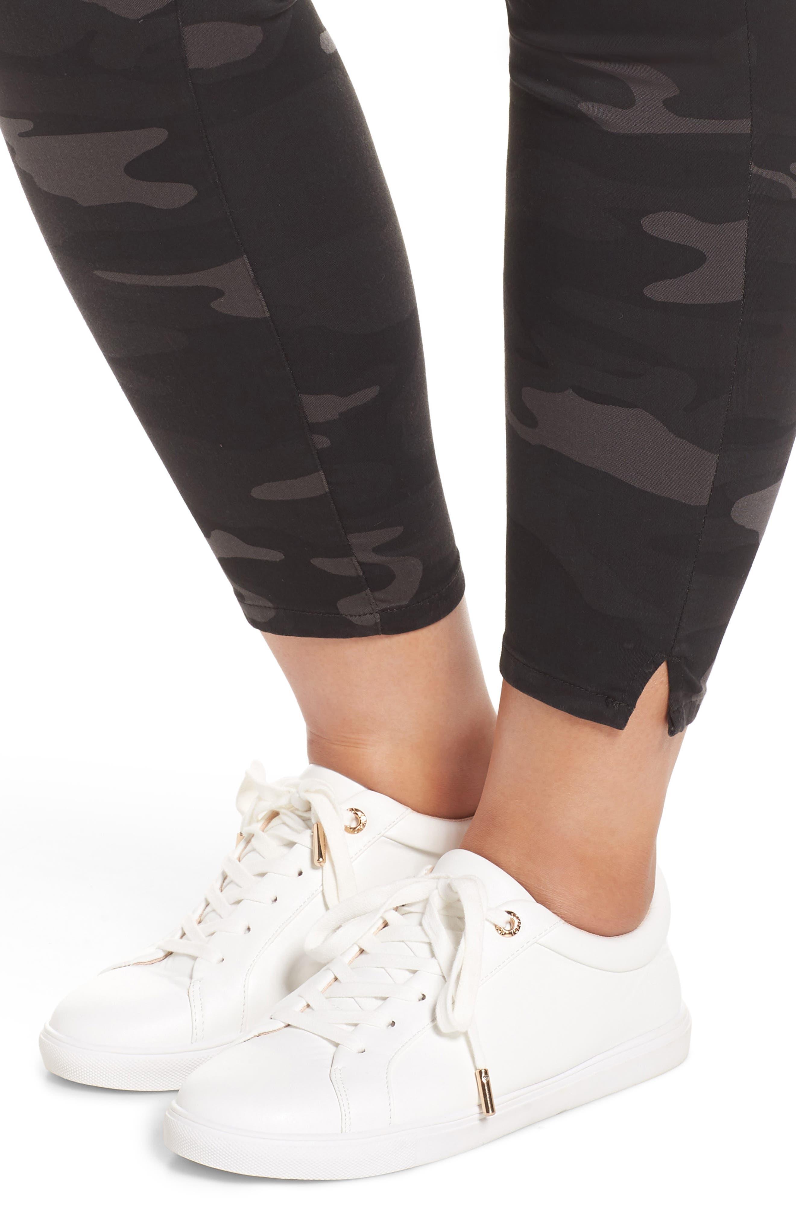 Ab-Solution Ankle Skimmer Jeans,                             Alternate thumbnail 4, color,                             BLACK/ CAMO