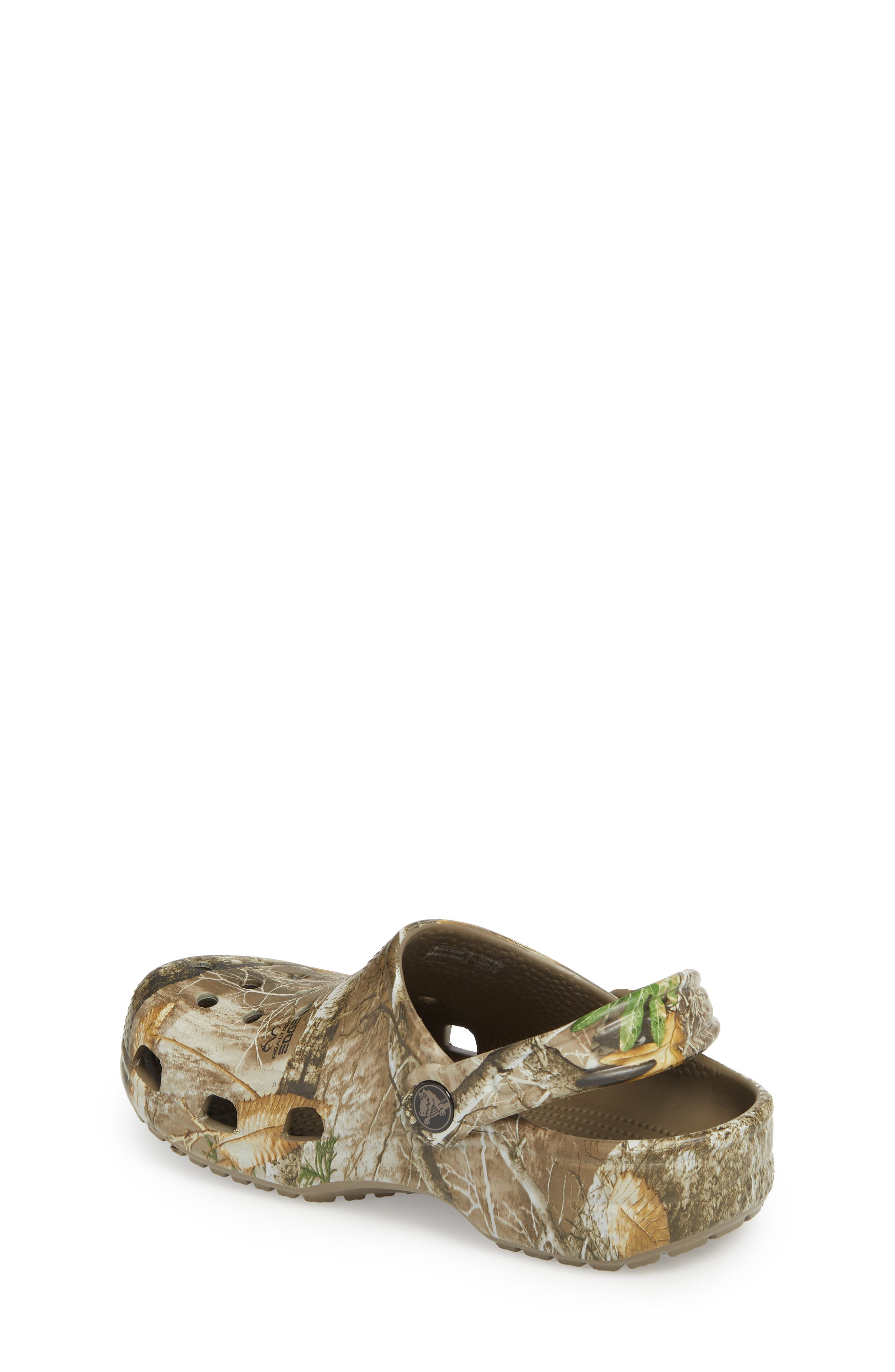 Realtree<sup>®</sup> Edge Print Classic Clog,                             Alternate thumbnail 2, color,                             WALNUT