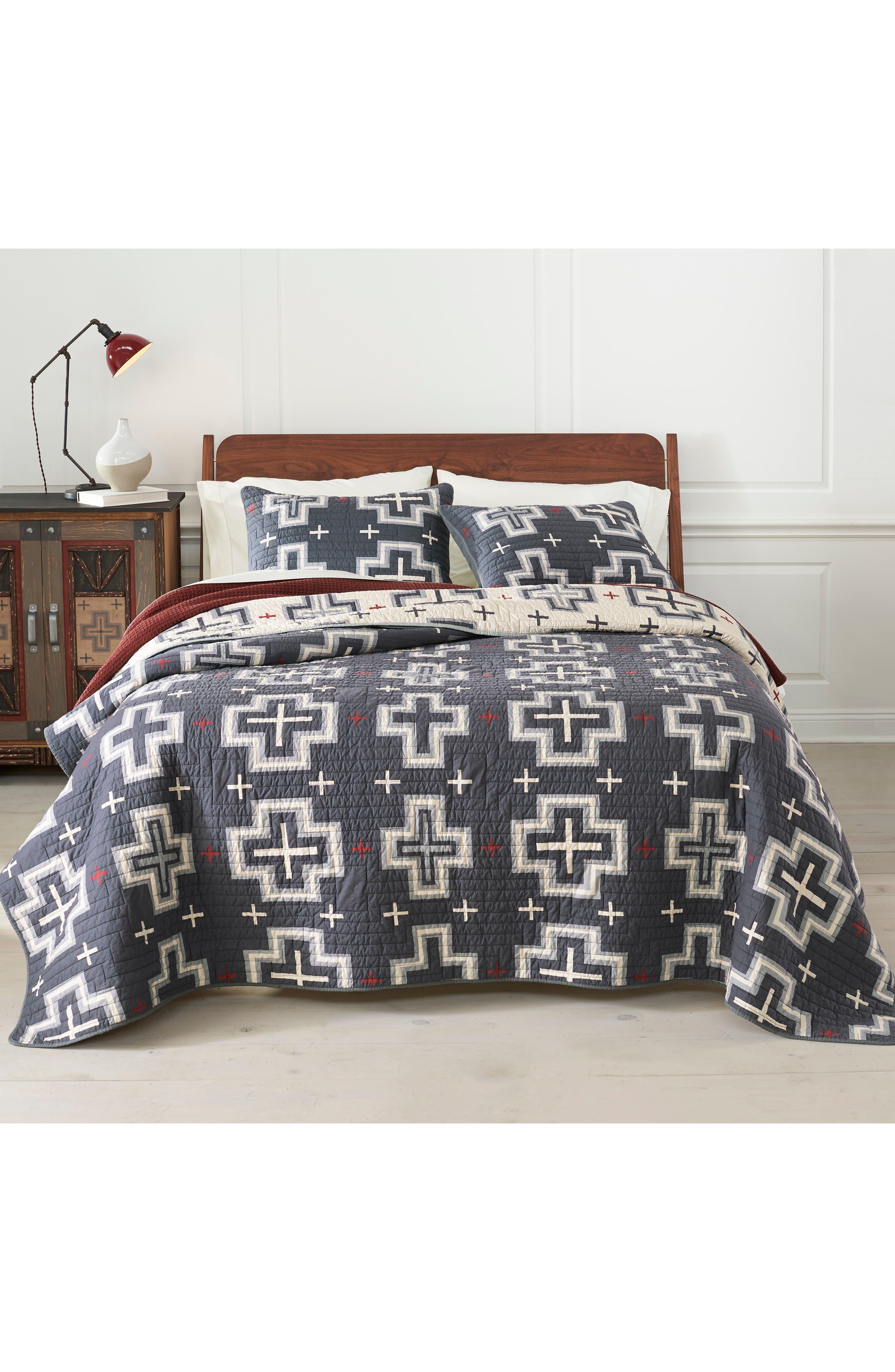 PENDLETON San Miguel Reversible Quilt & Sham Set, Main, color, CHARCOAL/ TAN