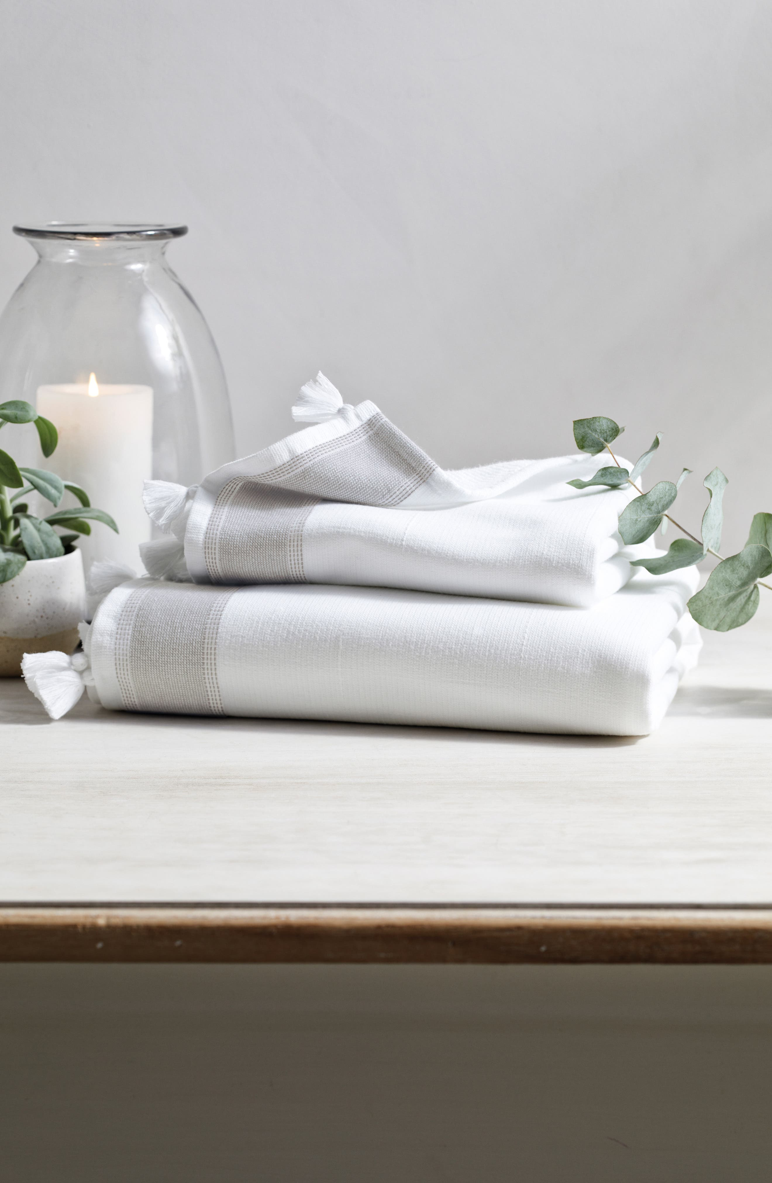 THE WHITE COMPANY St. Ives Hammam Bath Towel, Main, color, WHITE/ GREY