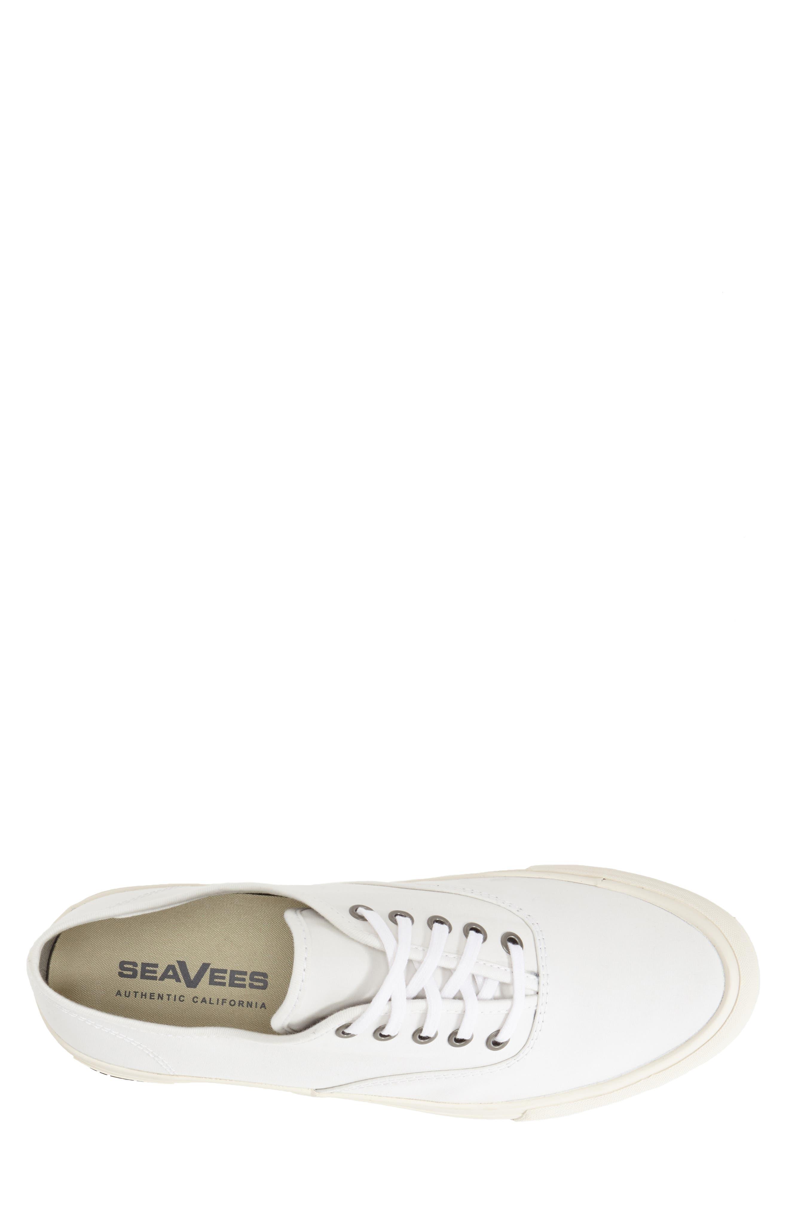 Legend Standard Sneaker,                             Alternate thumbnail 3, color,                             BLEACH
