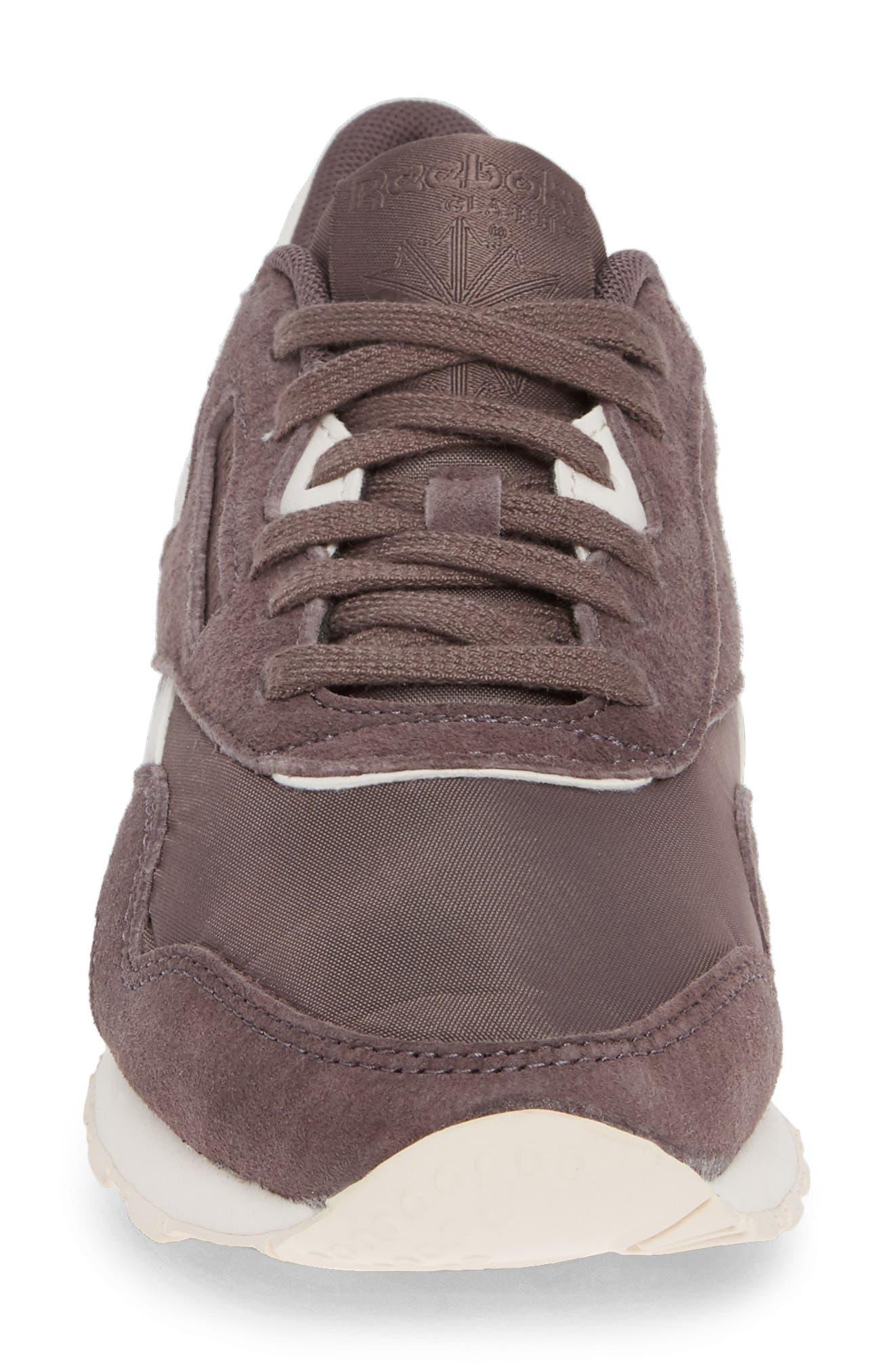 Classic Sneaker,                             Alternate thumbnail 4, color,                             020