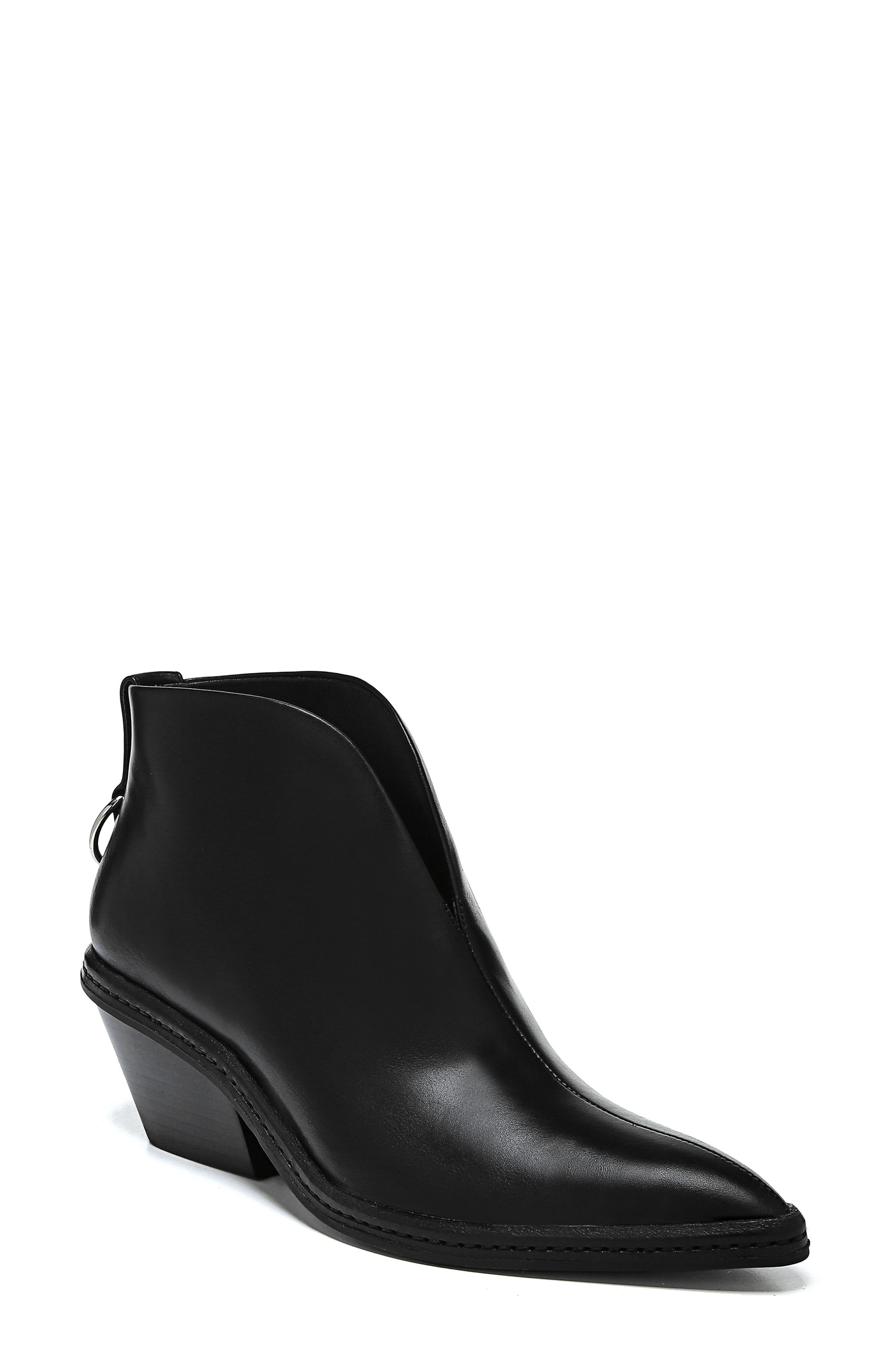 VIA SPIGA Women'S Fianna Pointed Toe Leather Ankle Booties in Black