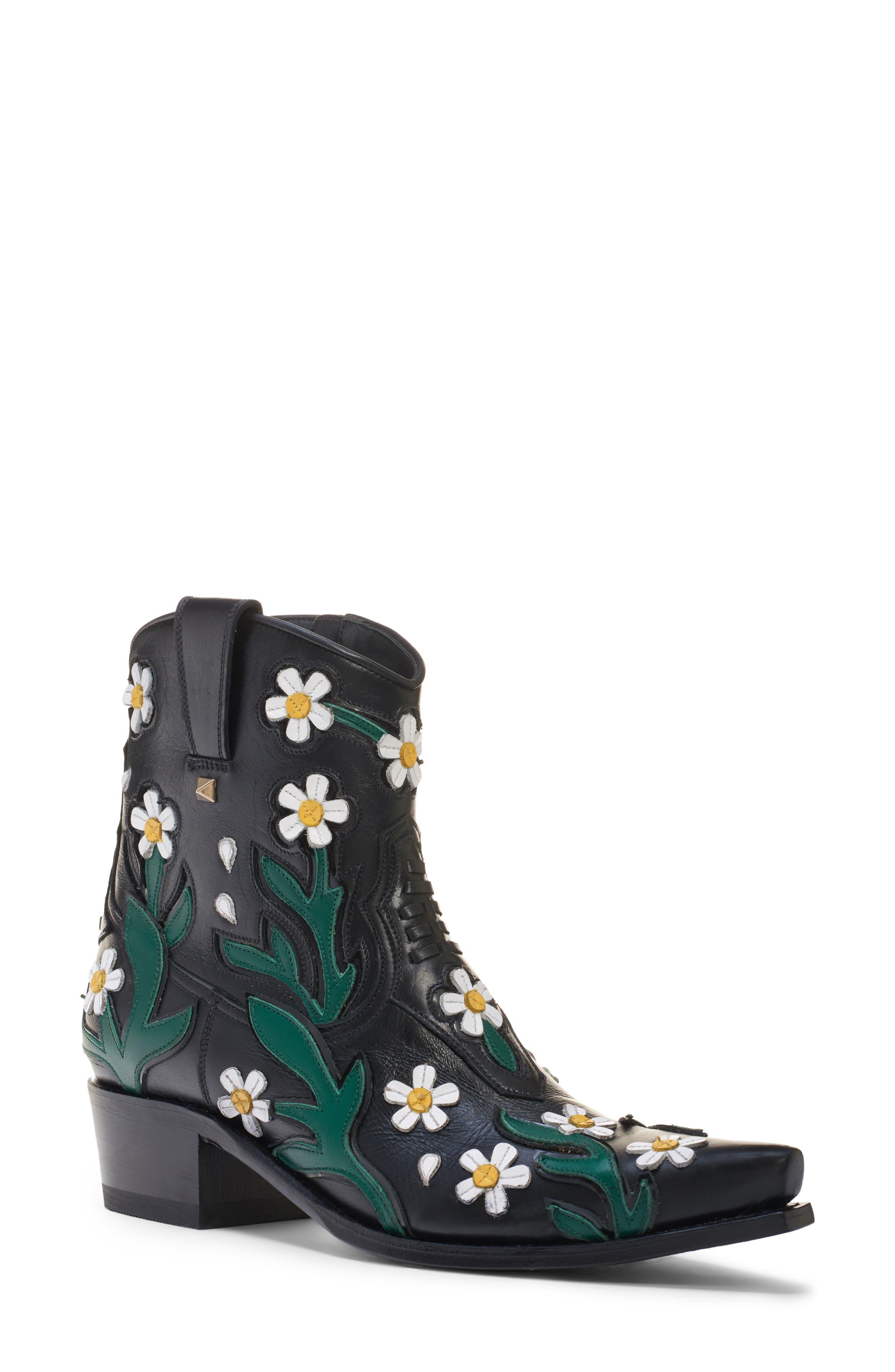 Ranch Daisy Applique Boots in Black