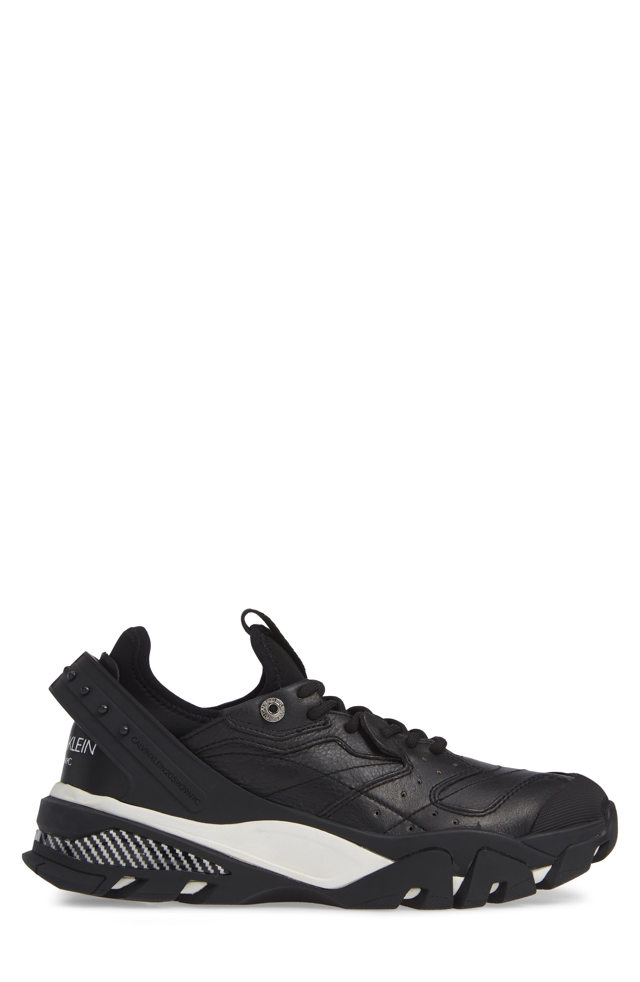 Carlos 10 Snapback Runner Sneaker,                             Alternate thumbnail 3, color,                             BLACK/ WHITE