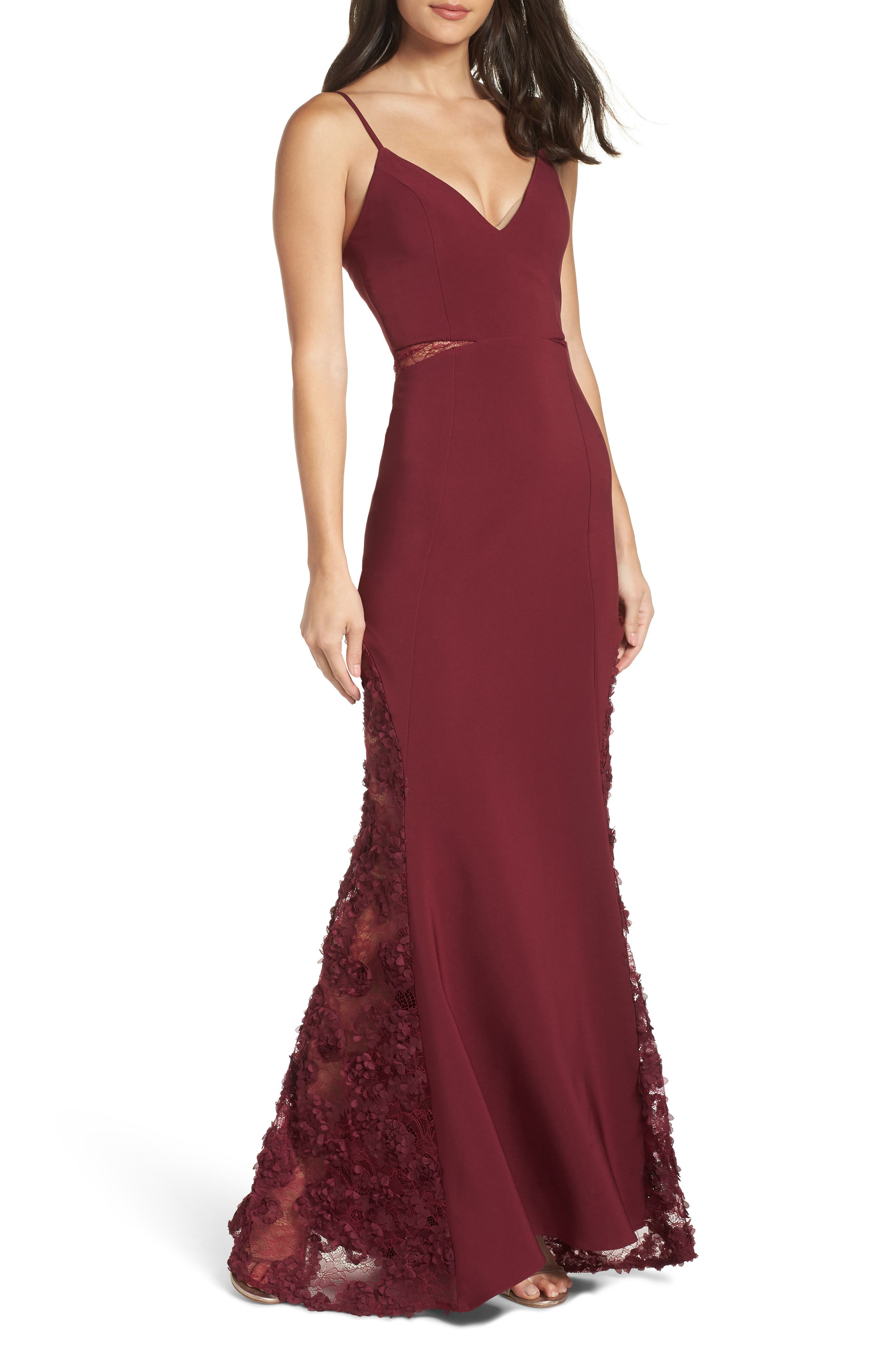 MARIA BIANCA NERO Shannon Lace Inset Gown in Burgundy