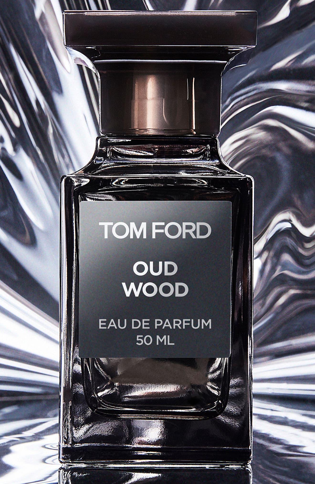 Private Blend Oud Wood Eau de Parfum Decanter,                             Alternate thumbnail 7, color,                             NO COLOR