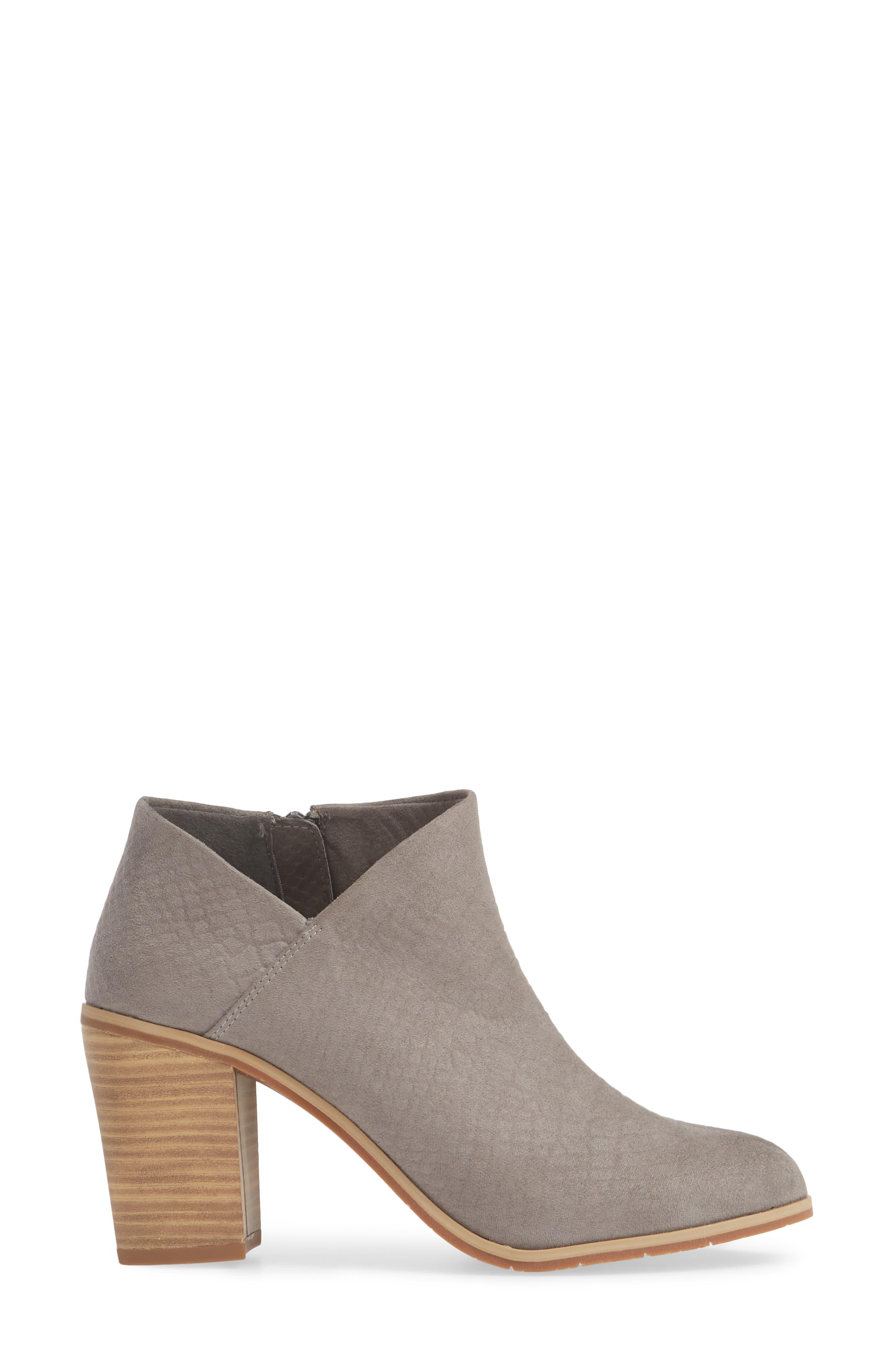 BC FOOTWEAR,                             Kettle Block Heel Bootie,                             Alternate thumbnail 3, color,                             GREY VEGAN SUEDE
