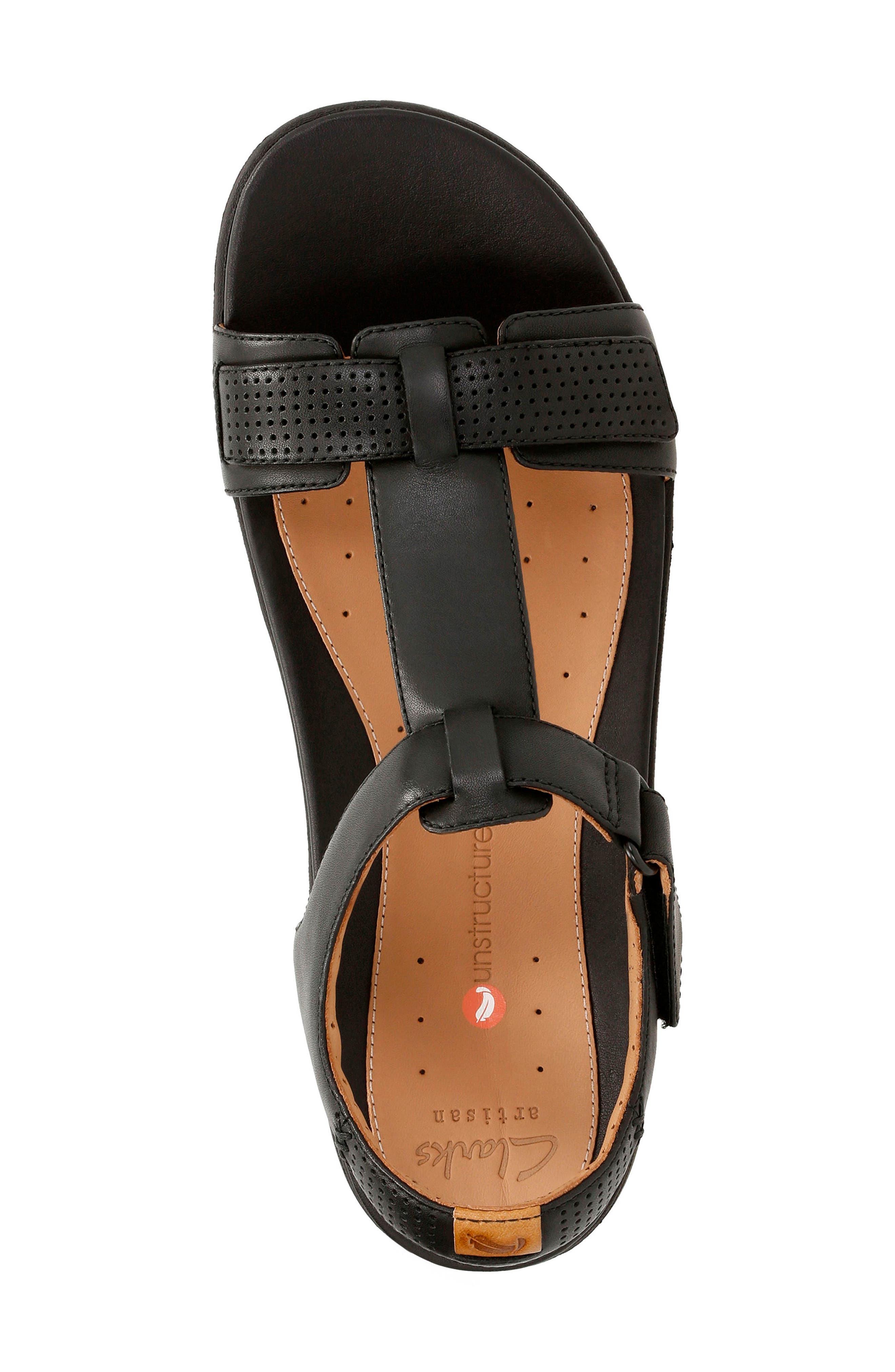 CLARKS<SUP>®</SUP>,                             Un Haywood T-Strap Sandal,                             Alternate thumbnail 3, color,                             003