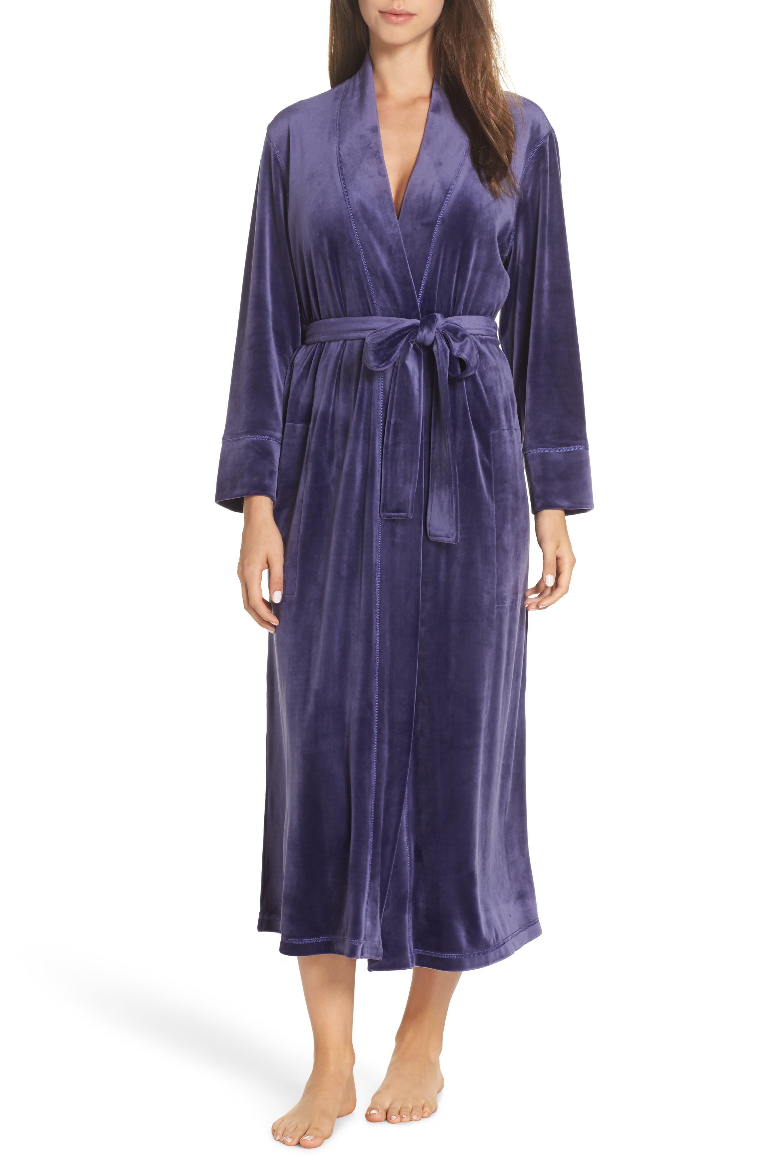 Vintage Nightgowns, Pajamas, Baby Dolls, Robes Womens Natori Plush Velour Robe Size X-Large - Purple $150.00 AT vintagedancer.com
