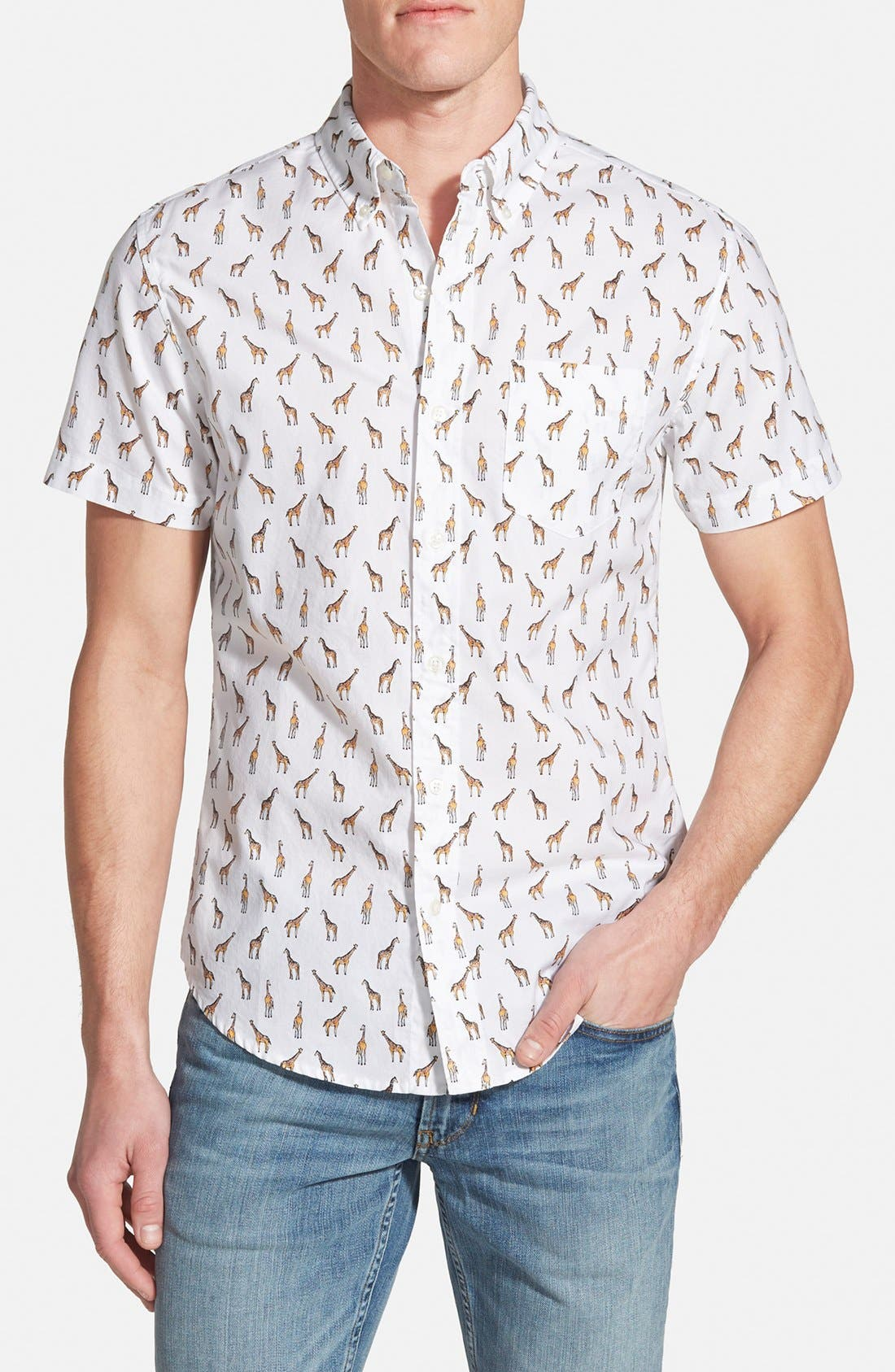 'Giraffe Tower Print' Slim Fit Short Sleeve Sport Shirt, Main, color, 100
