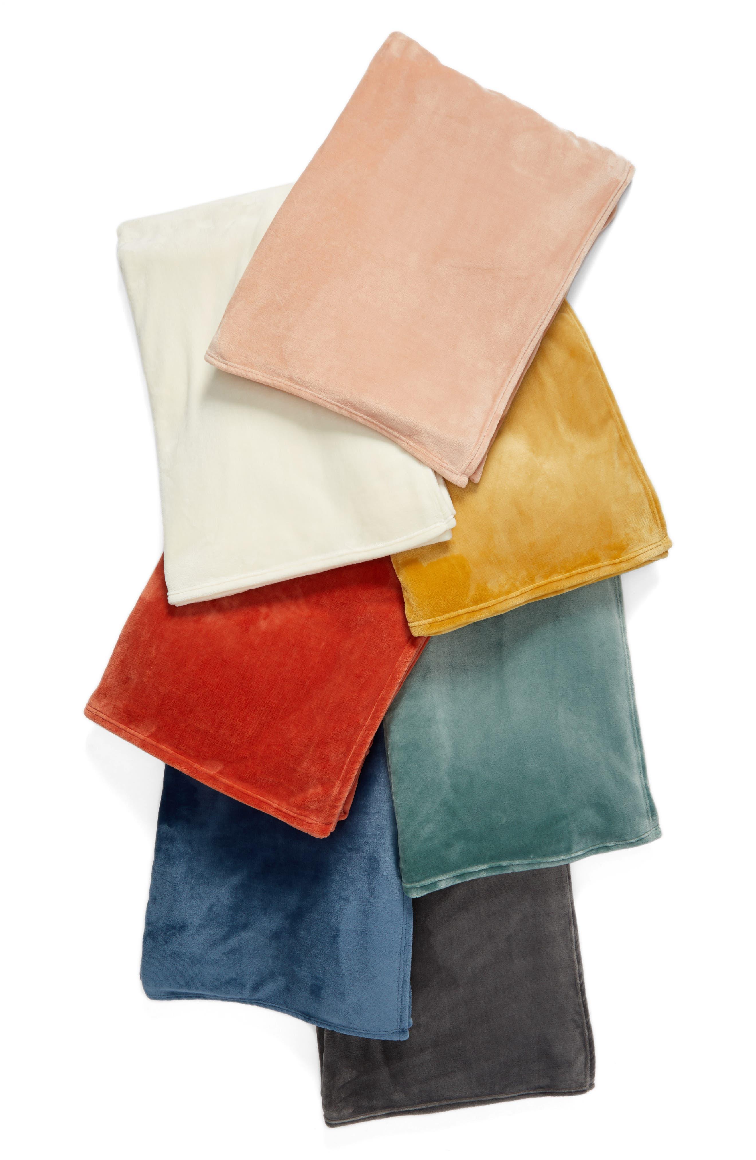 Kennebunk Home Bliss Oversized Throw Blanket,                             Alternate thumbnail 3, color,                             GREY FROST 2