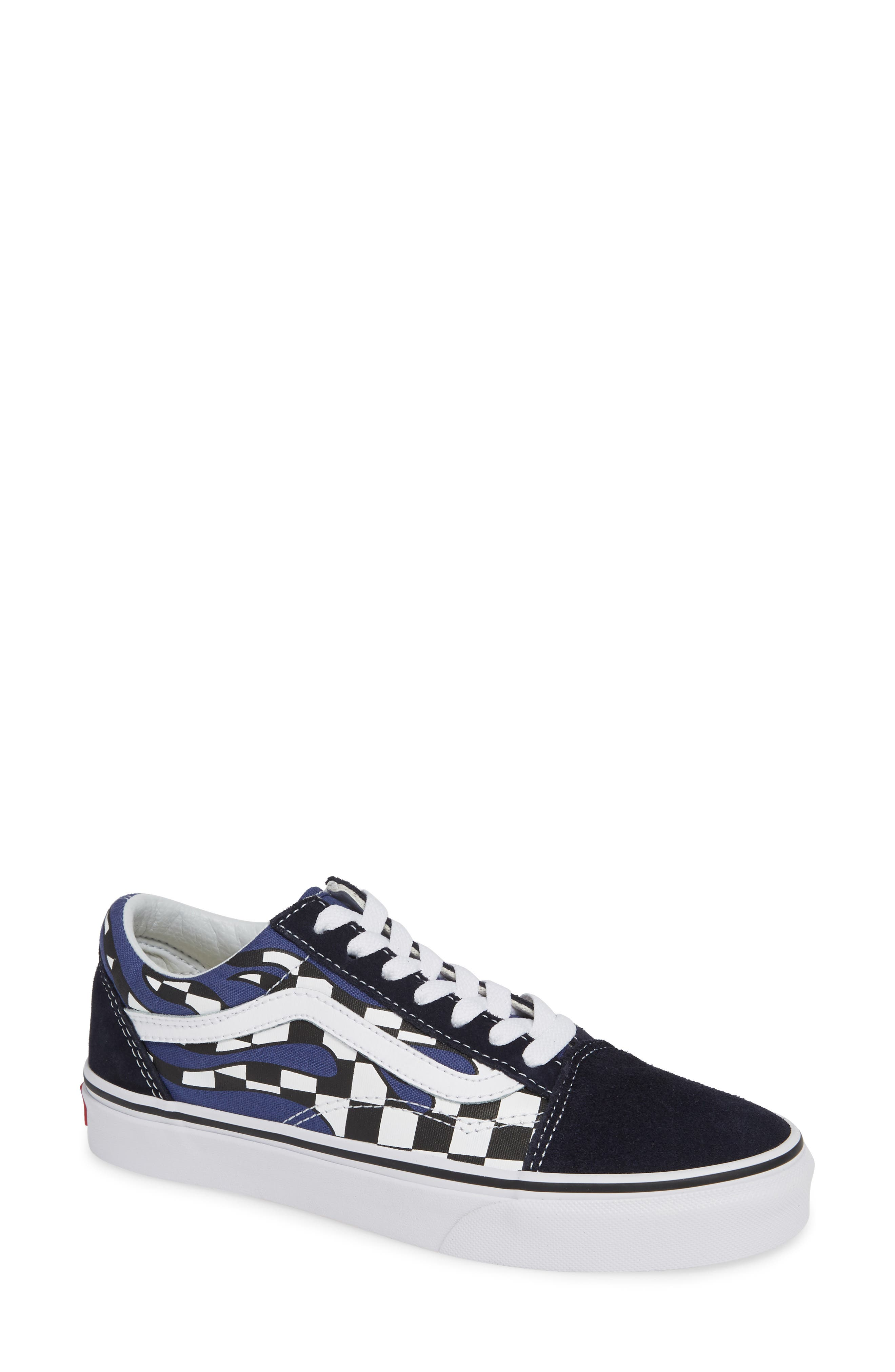 Old Skool Sneaker,                         Main,                         color, NAVY/ TRUE WHITE LEATHER