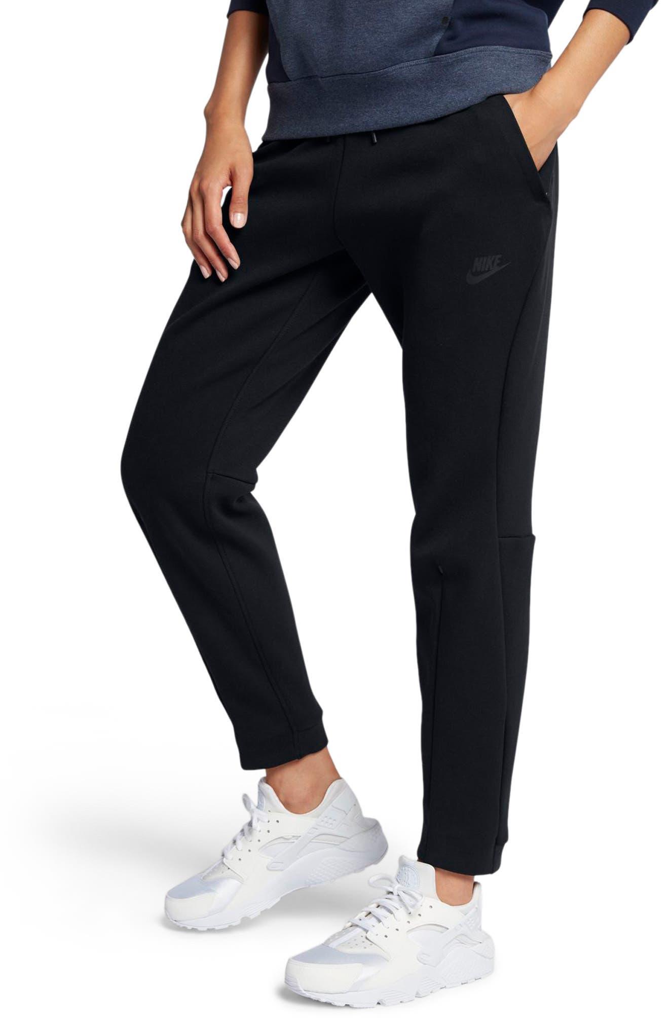 Sportswear Women's Tech Fleece Pants,                             Main thumbnail 1, color,                             010
