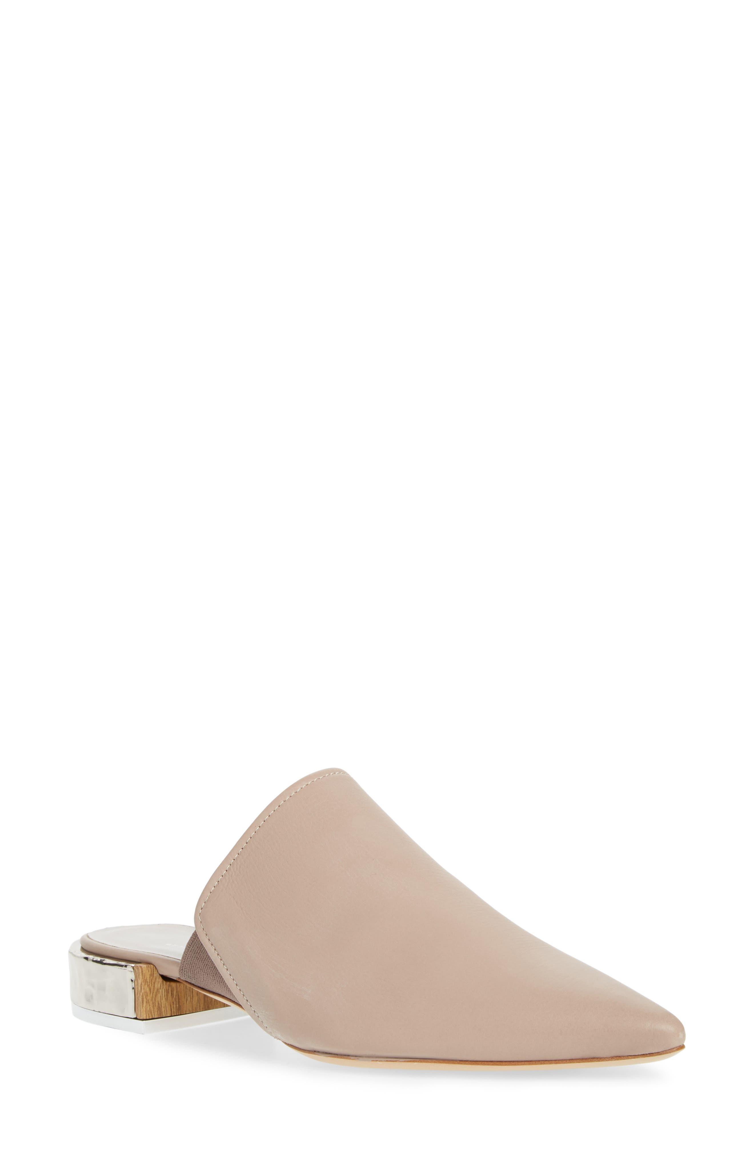 Agl Pointed Toe Mule - Beige