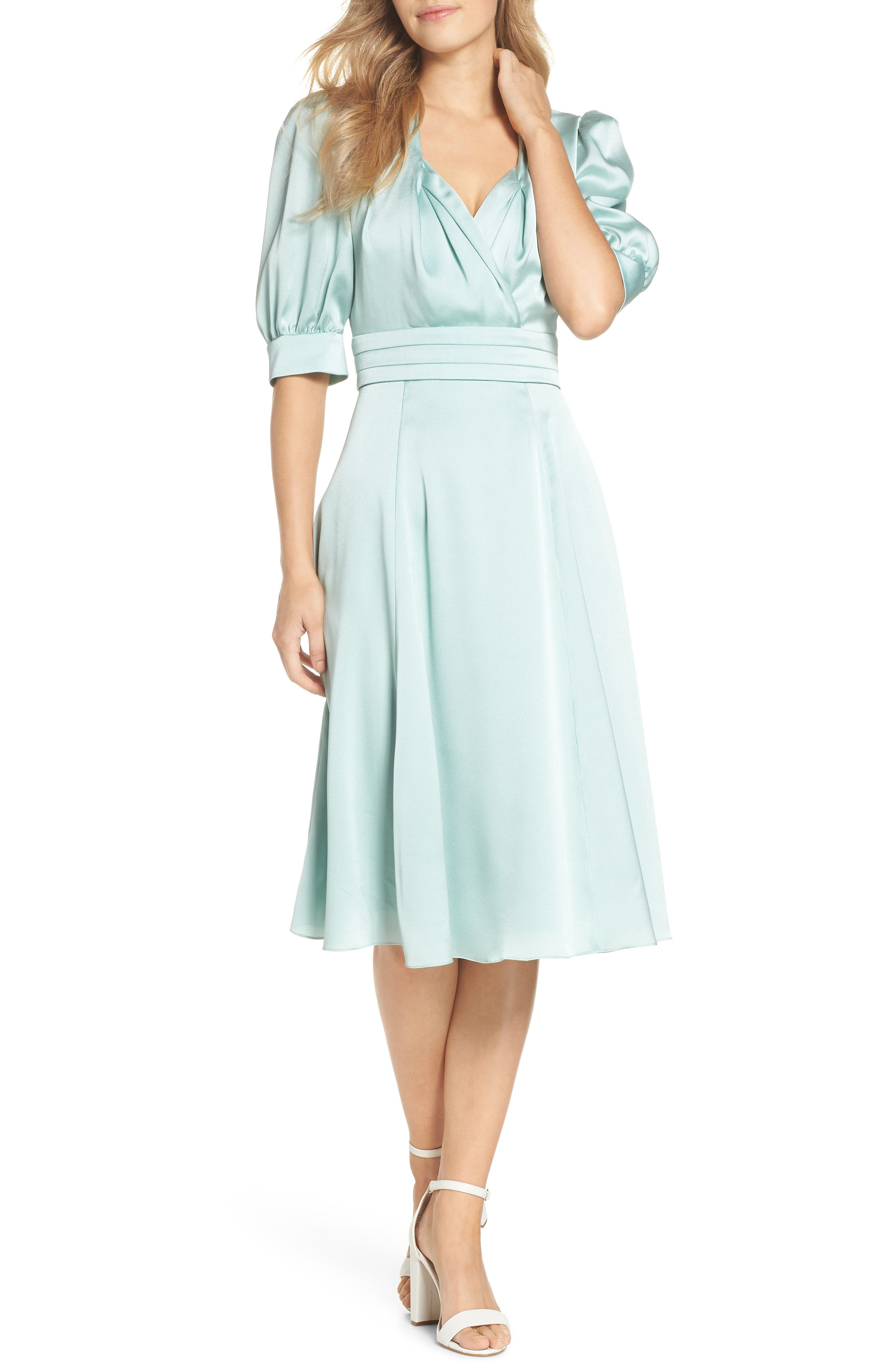 1940s Cocktail Dresses, Party Dresses Womens Gal Meets Glam Collection Vera Satin Fit  Flare Dress $178.00 AT vintagedancer.com