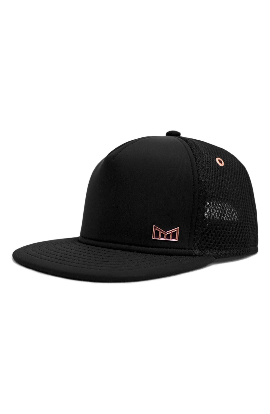 'The Majesty' Mesh Back Snapback Hat, Main, color, 001