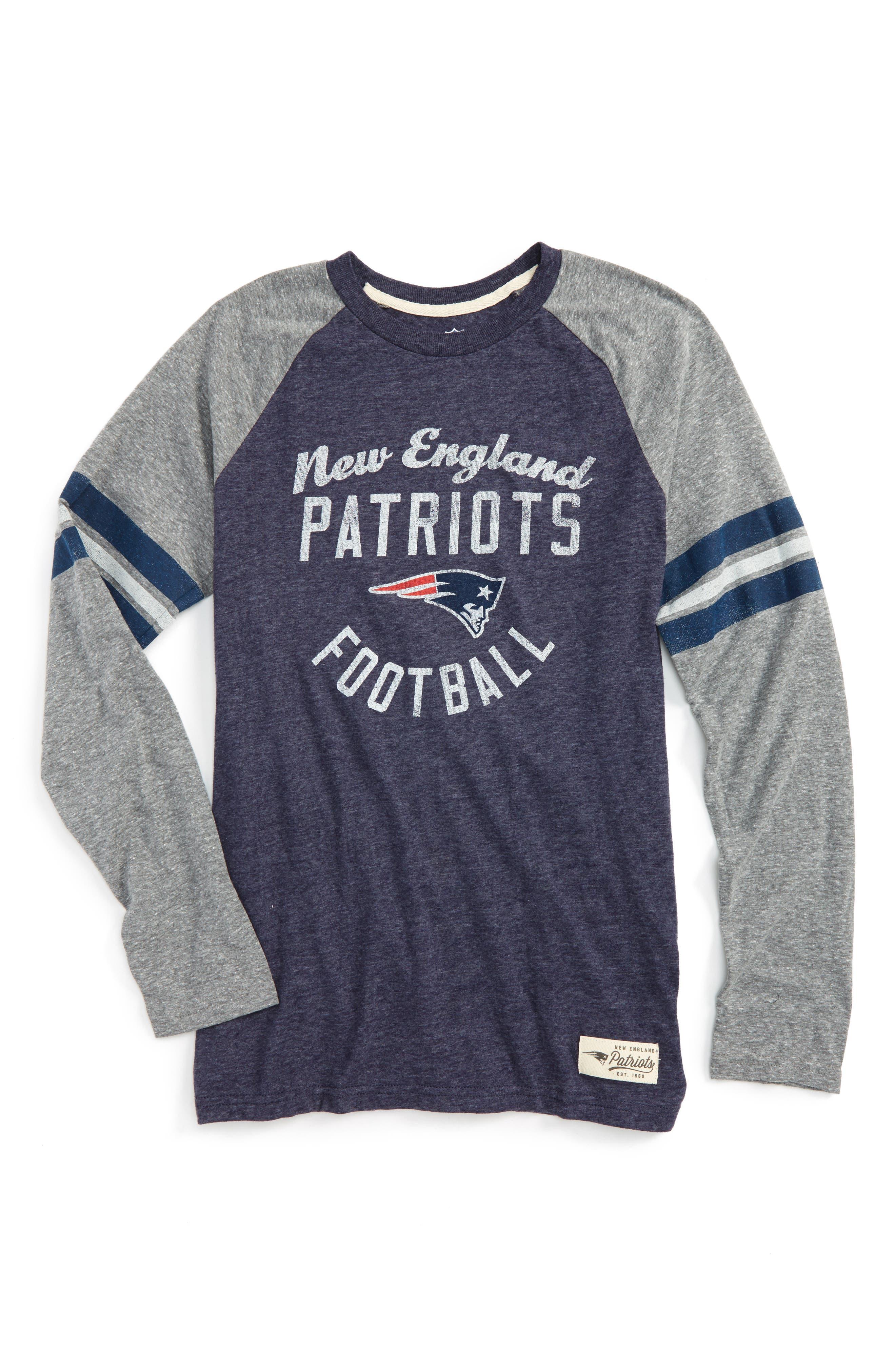 NFL New England Patriots Distressed Logo T-Shirt,                         Main,                         color, 400