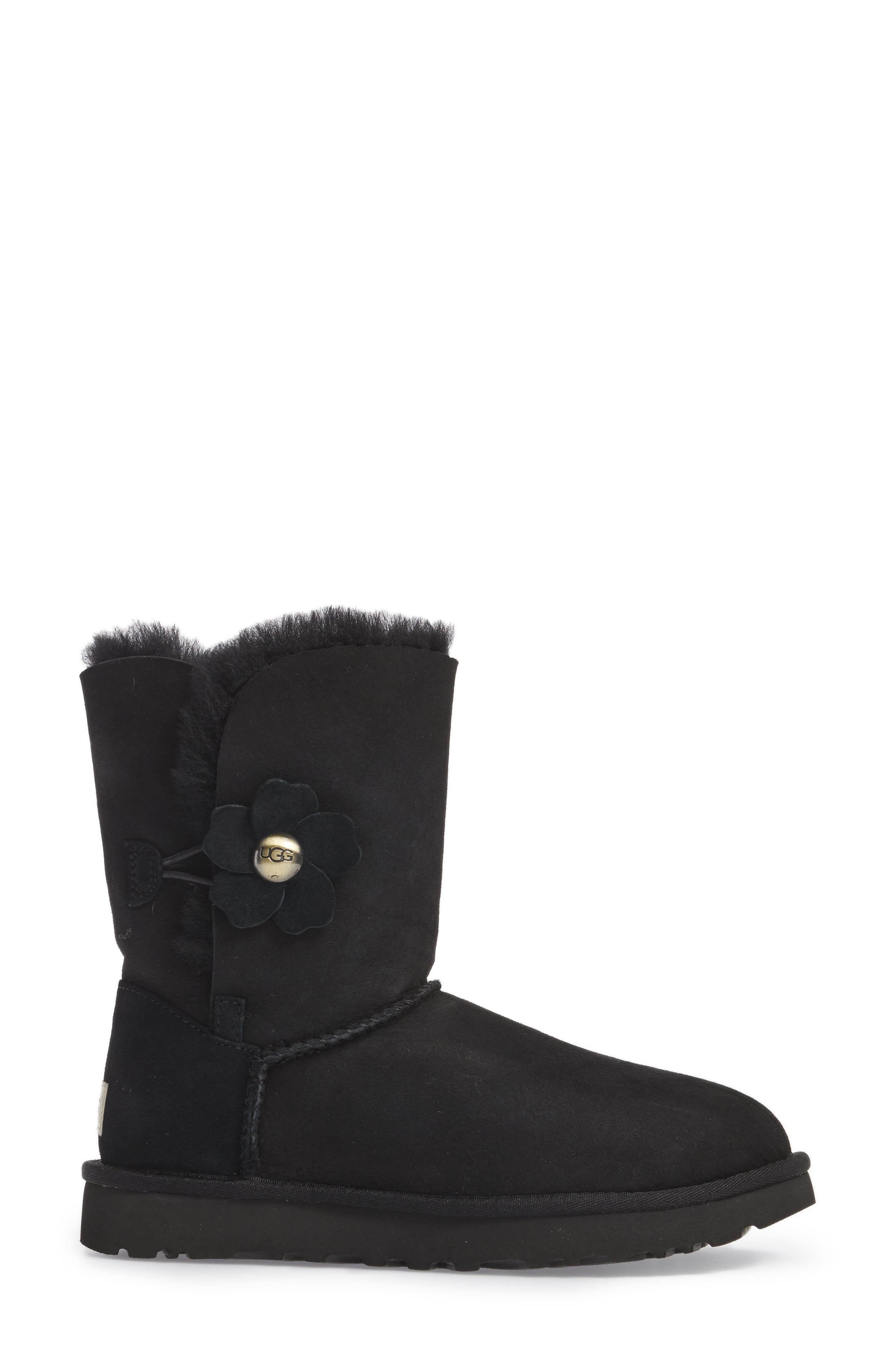 Bailey Button Poppy Genuine Shearling Boot,                             Alternate thumbnail 3, color,                             001
