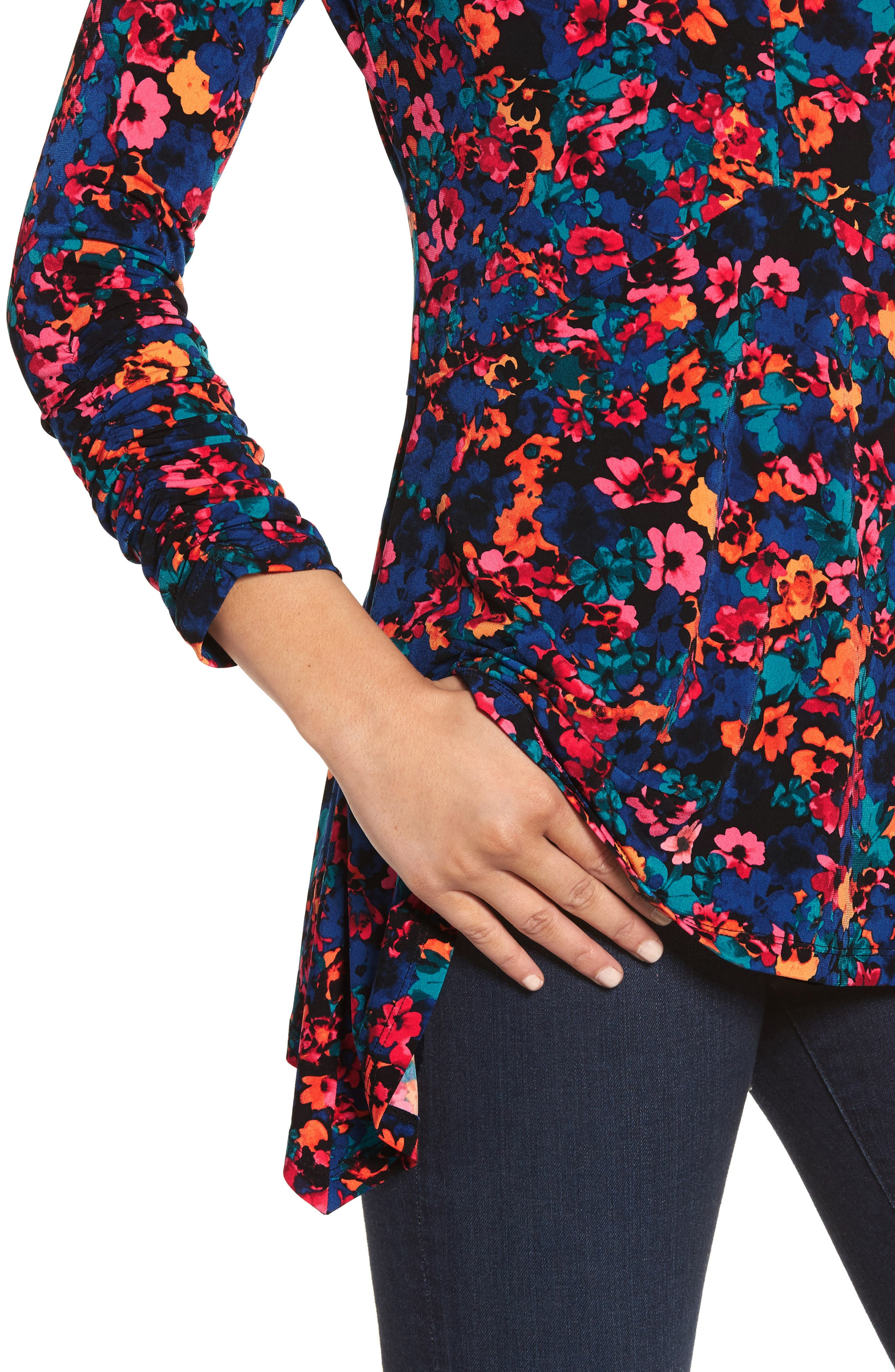 Floral Field Ruched Handkerchief Top,                             Alternate thumbnail 4, color,