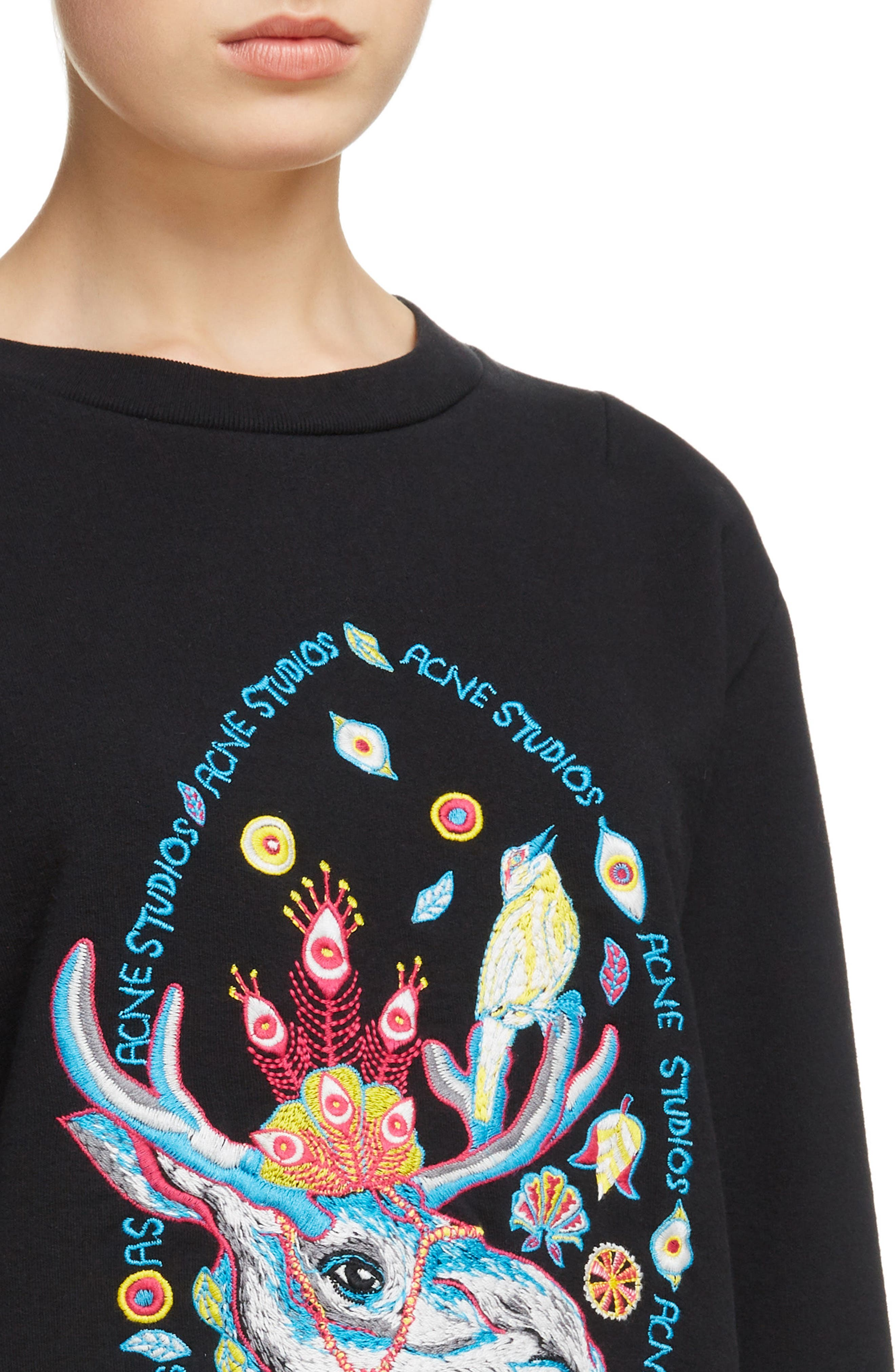 Oslavi Embroidered Moose Sweatshirt,                             Alternate thumbnail 4, color,                             001