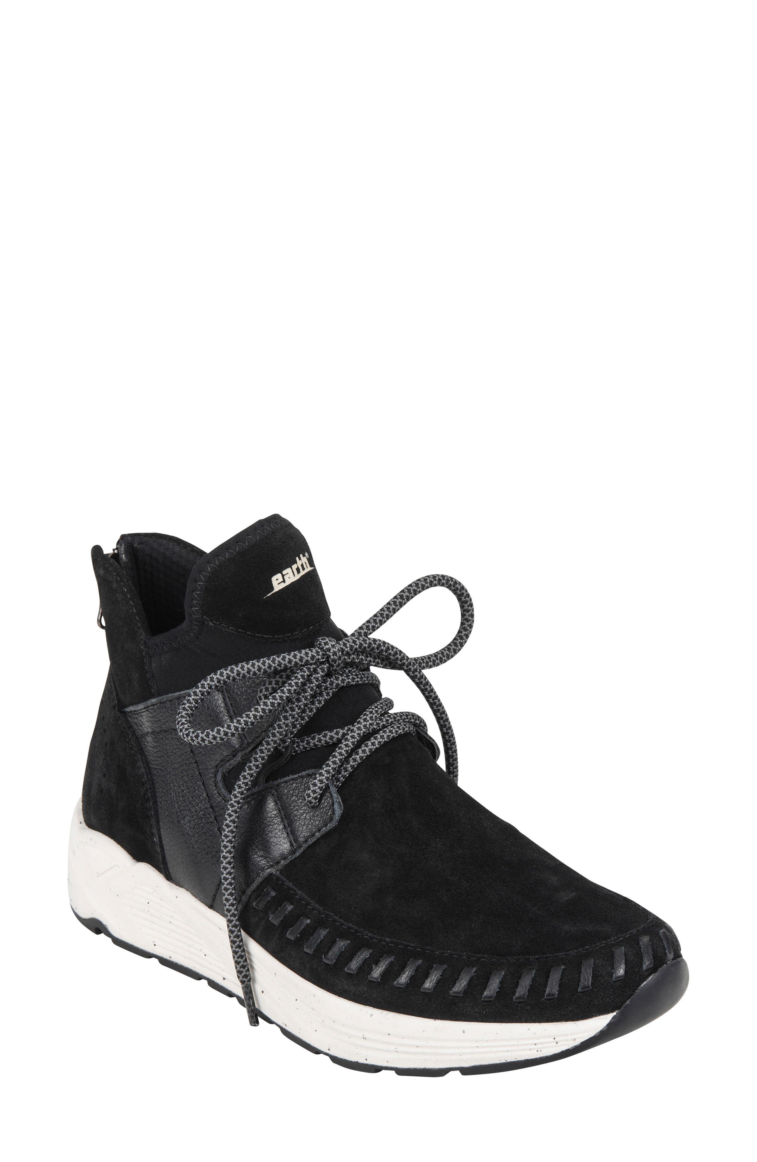 Earth Jaunt Sneaker, Black