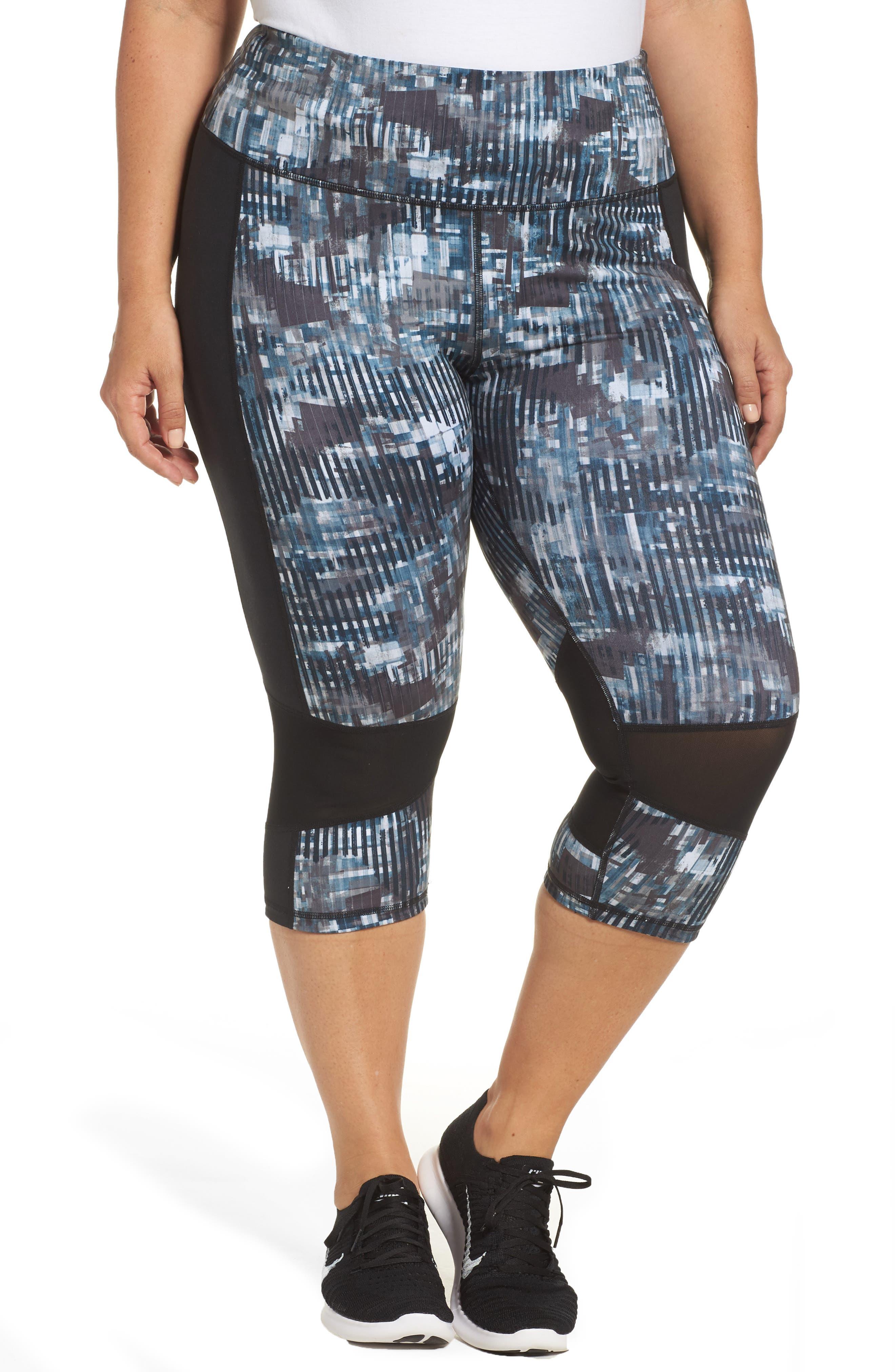 Reversible Capri Leggings,                         Main,                         color, 002