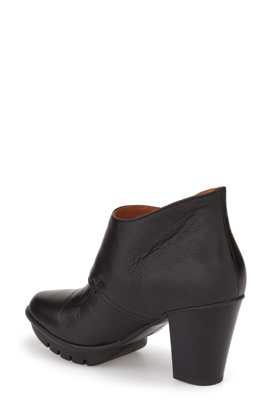 'Eviemae' Platform Bootie,                             Alternate thumbnail 3, color,                             001