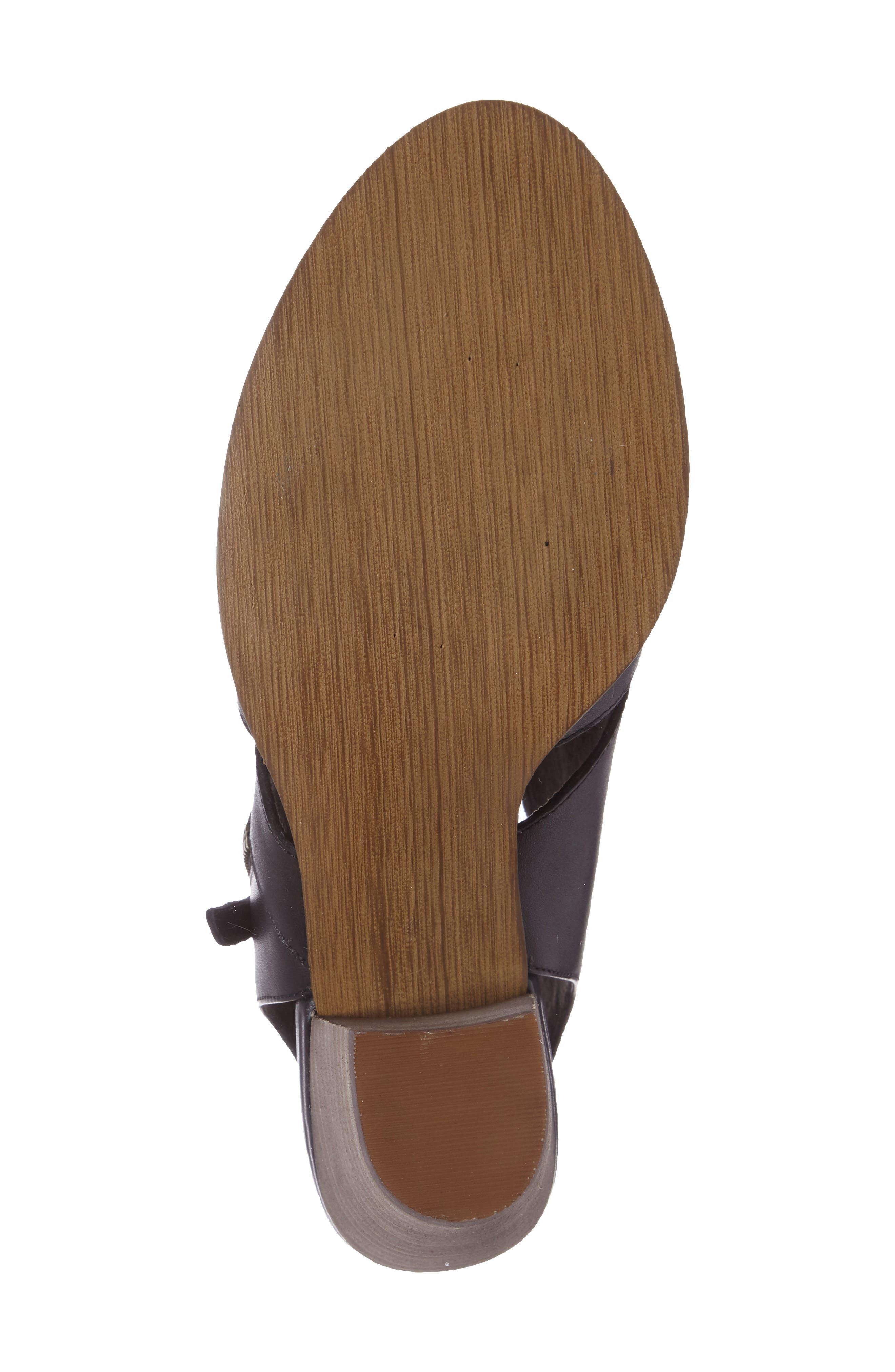 Kimmy Cutout Sandal,                             Alternate thumbnail 4, color,                             001