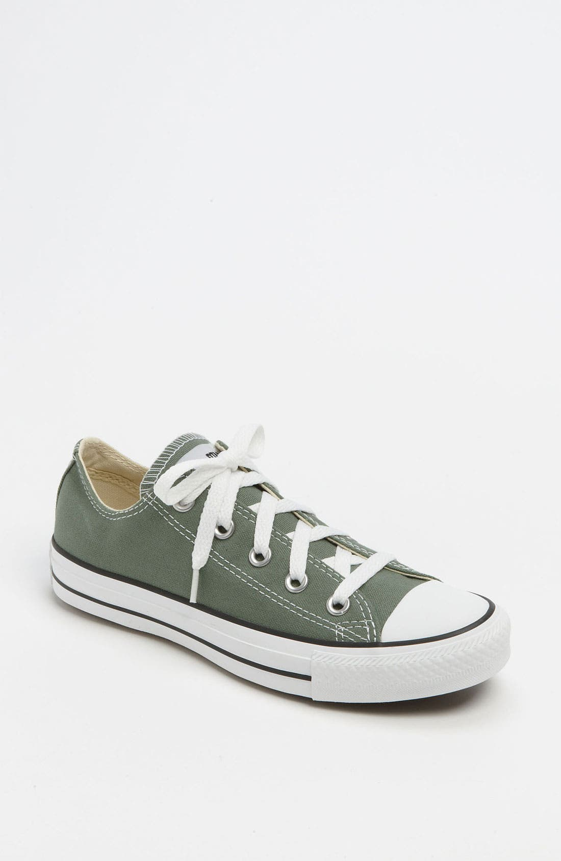 Chuck Taylor<sup>®</sup> Low Sneaker,                             Main thumbnail 15, color,