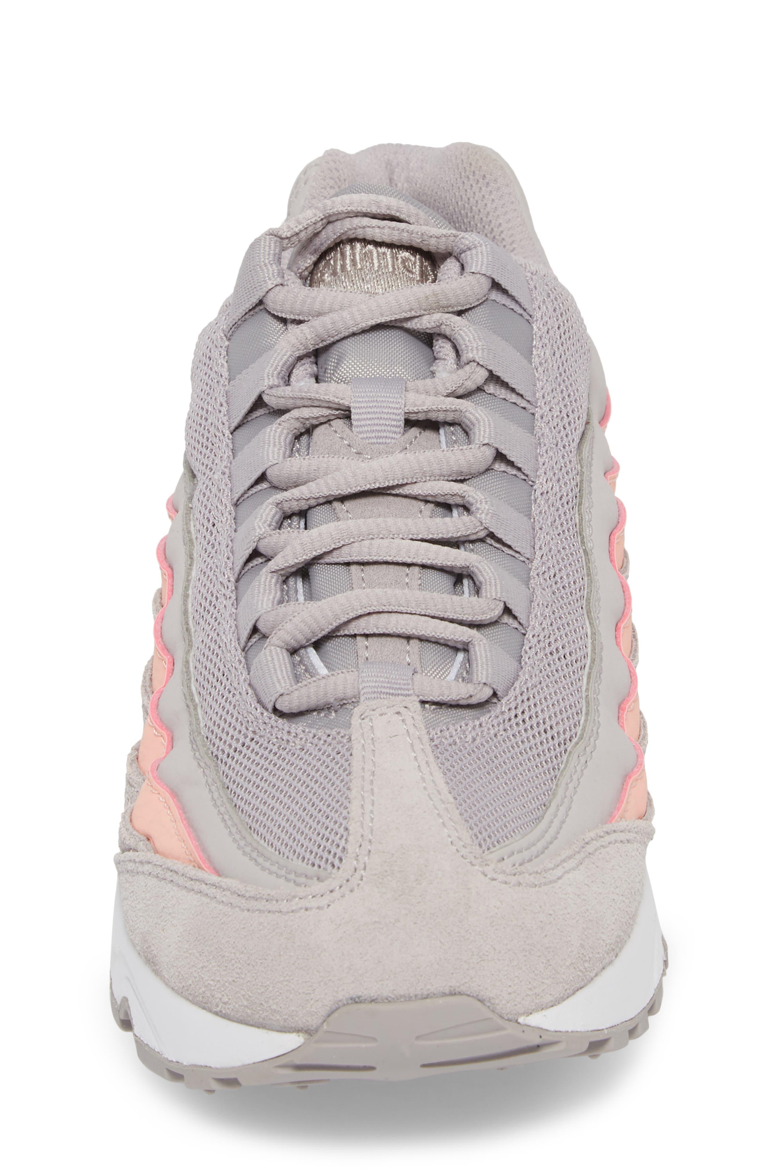 Air Max '95 LE Sneaker,                             Alternate thumbnail 4, color,                             020