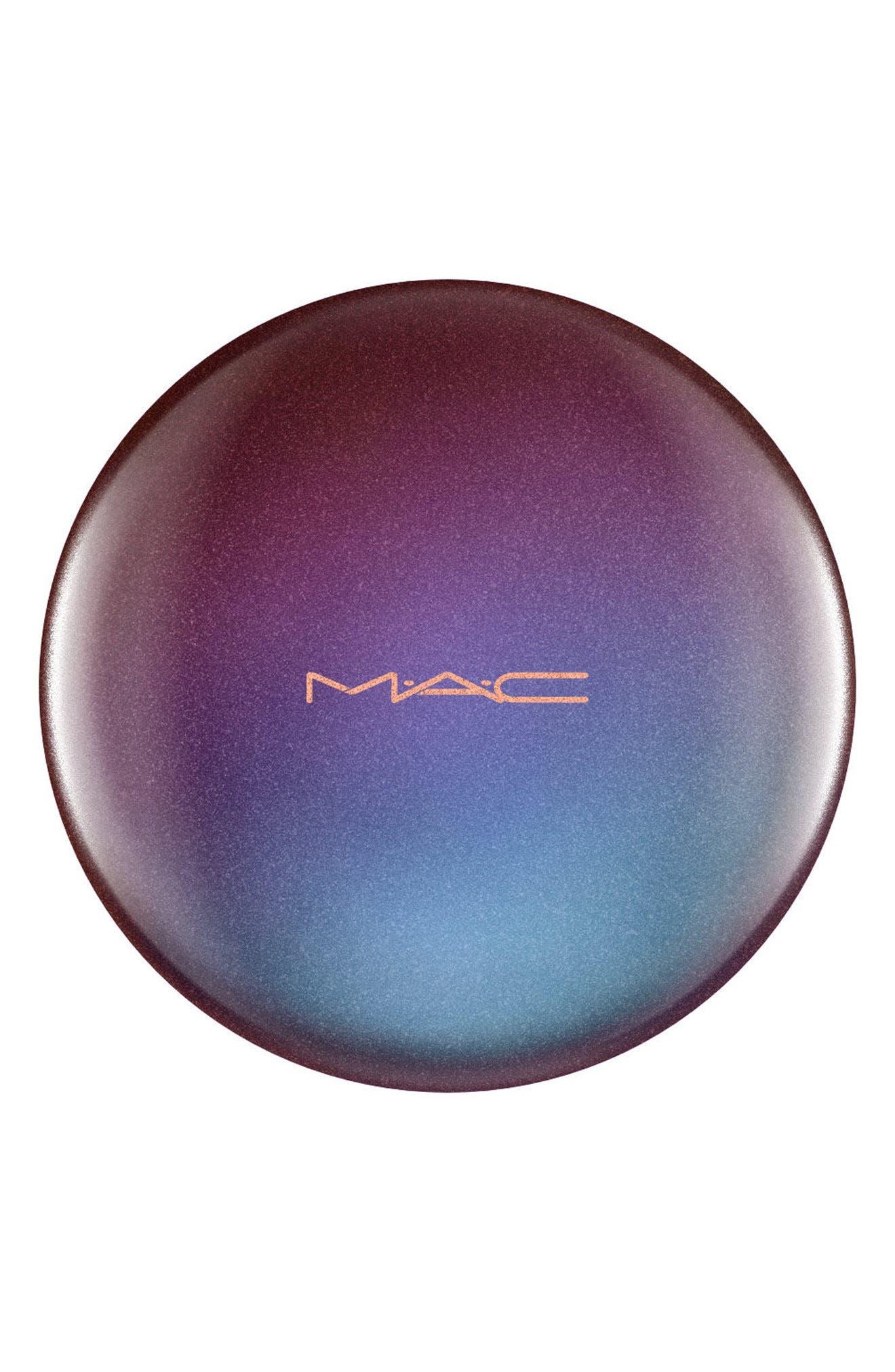MAC Mirage Noir Bronzing Powder,                             Alternate thumbnail 3, color,                             MATTE BRONZE