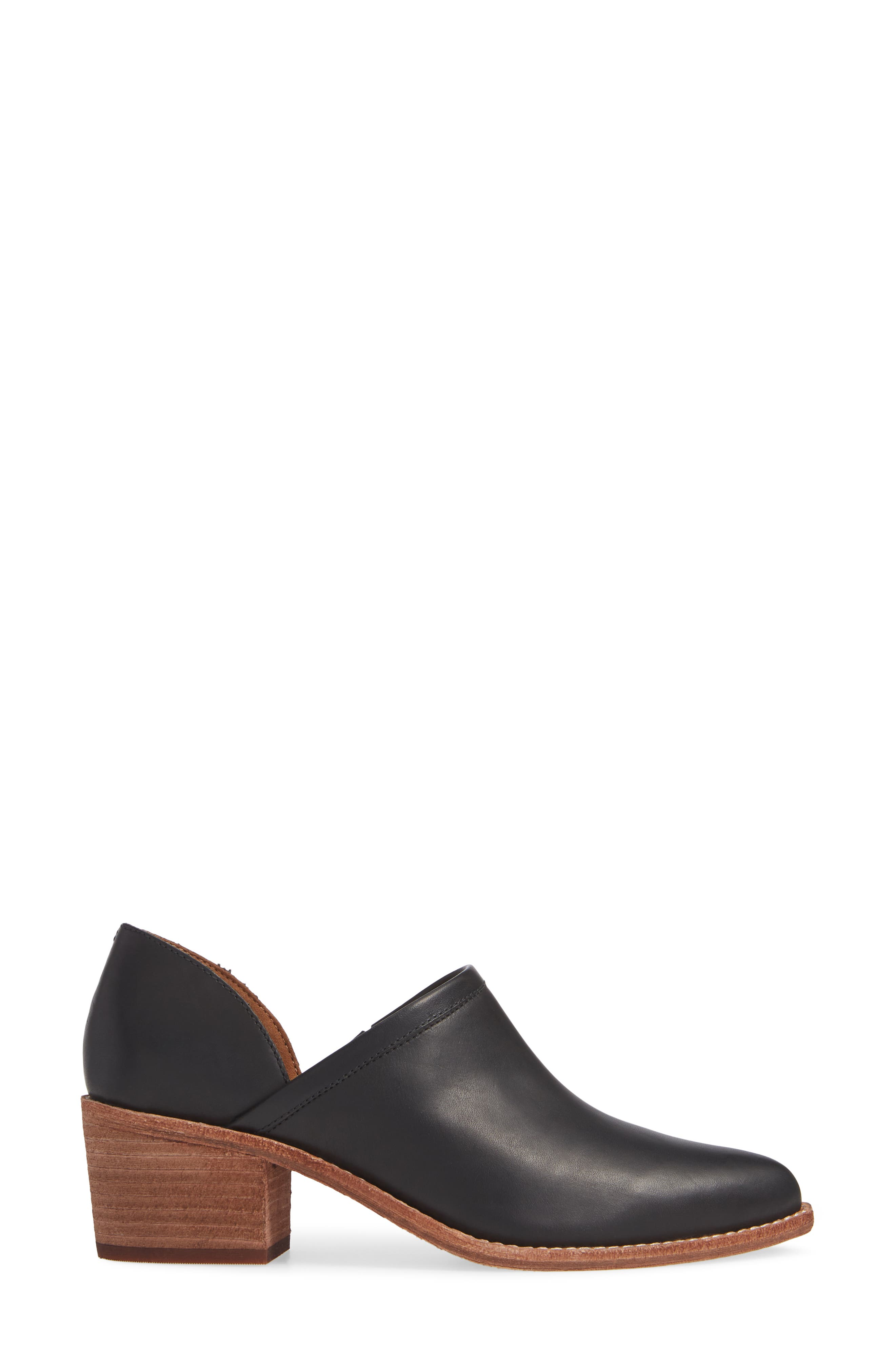 The Brady Block Heel Bootie,                             Alternate thumbnail 3, color,                             TRUE BLACK LEATHER