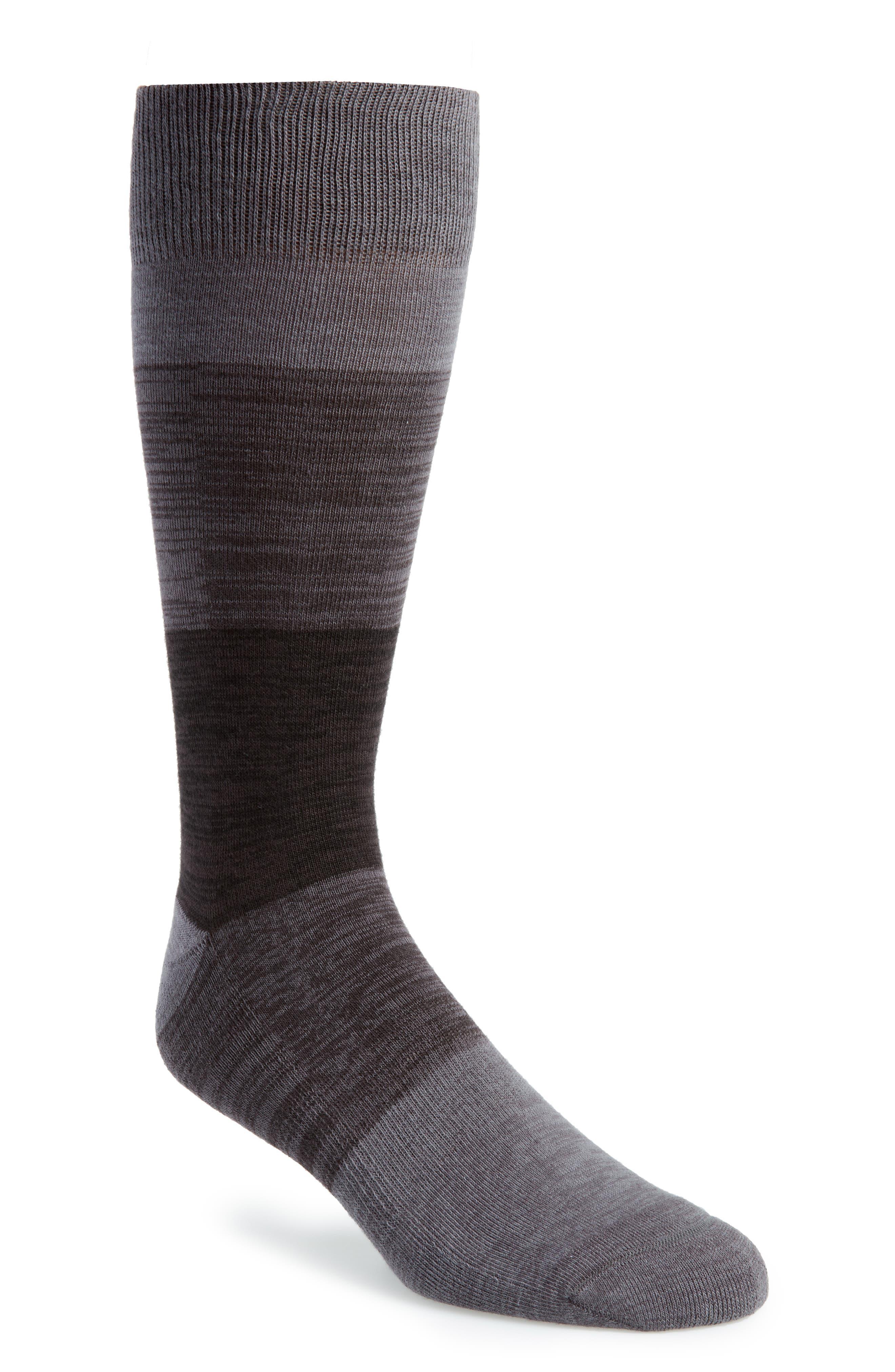 NORDSTROM MEN'S SHOP Free Run Gradient Crew Socks, Main, color, 021