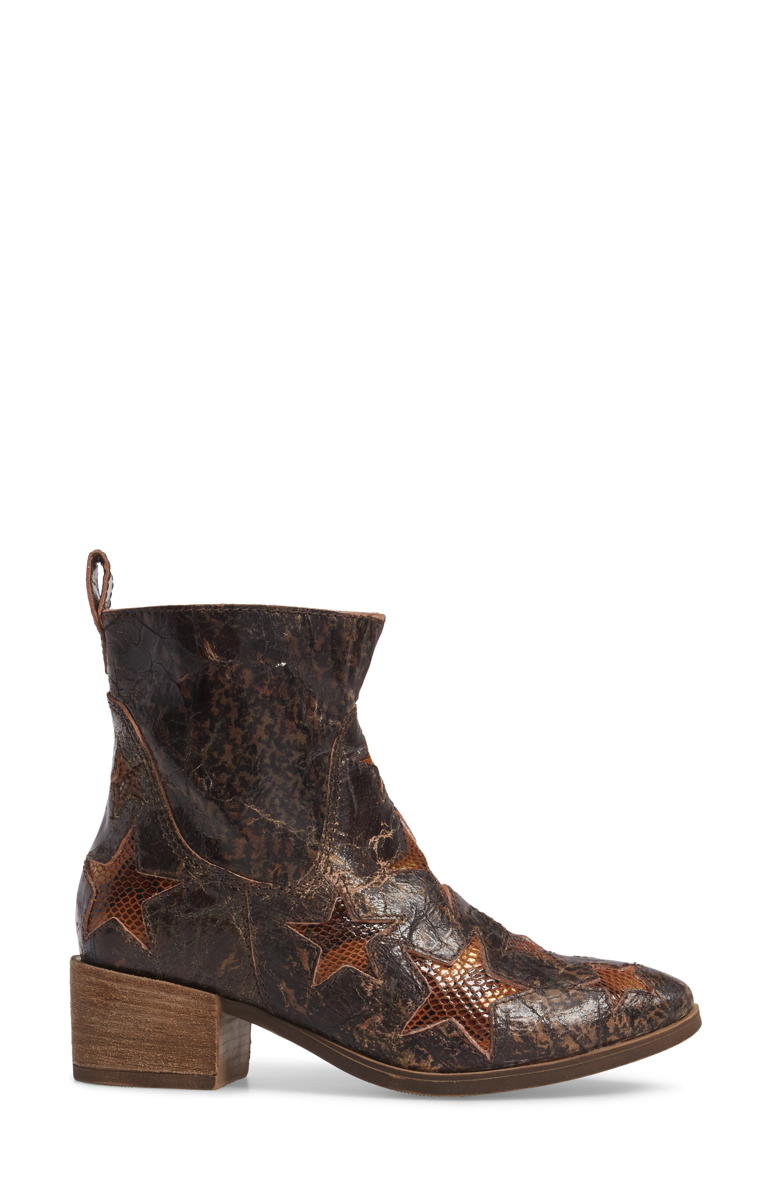 Crinkle Finish Star Bootie,                             Alternate thumbnail 3, color,                             MID BROWN LEATHER