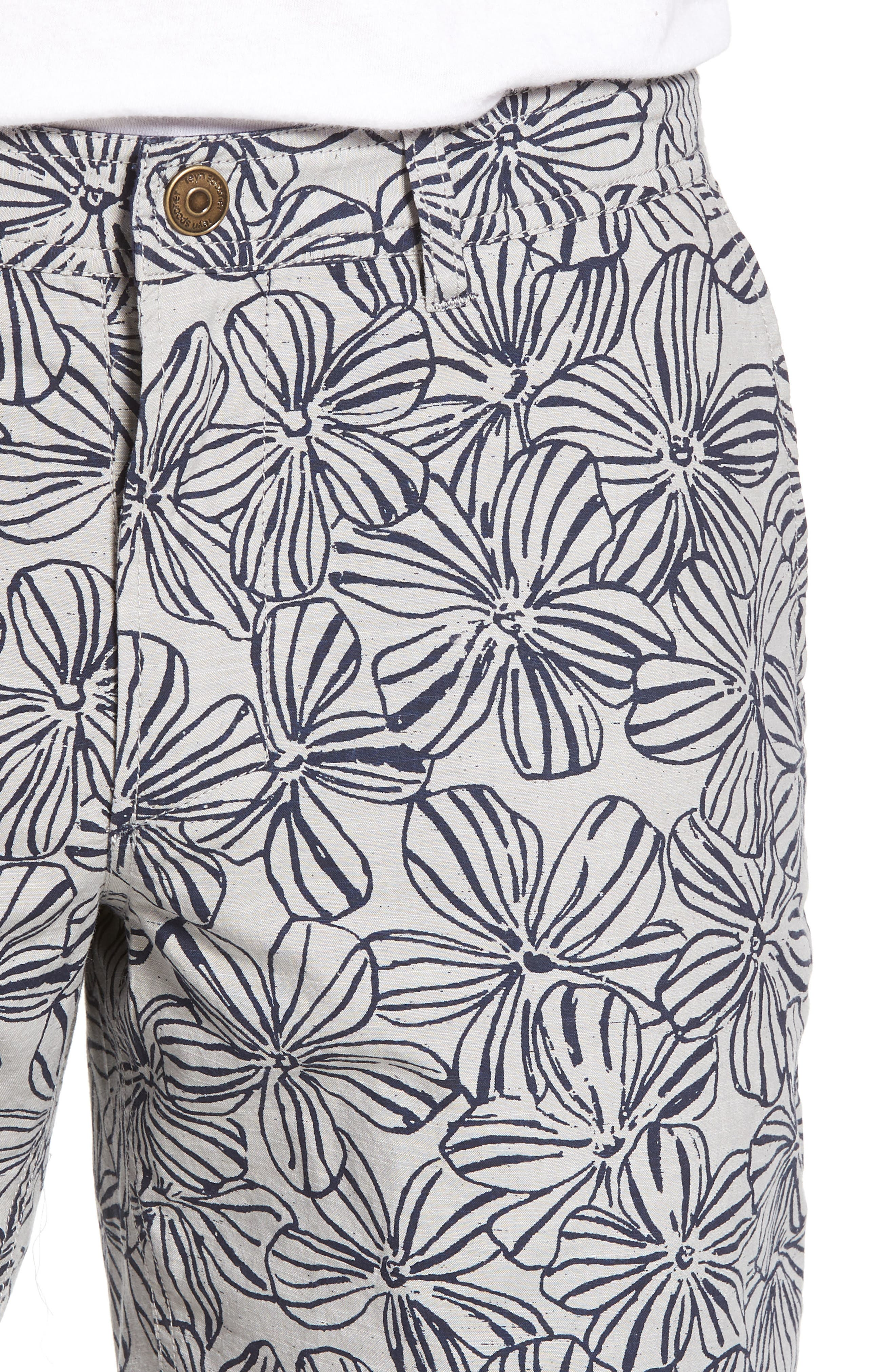 Mala Melia Reversible Chino Shorts,                             Alternate thumbnail 5, color,                             030