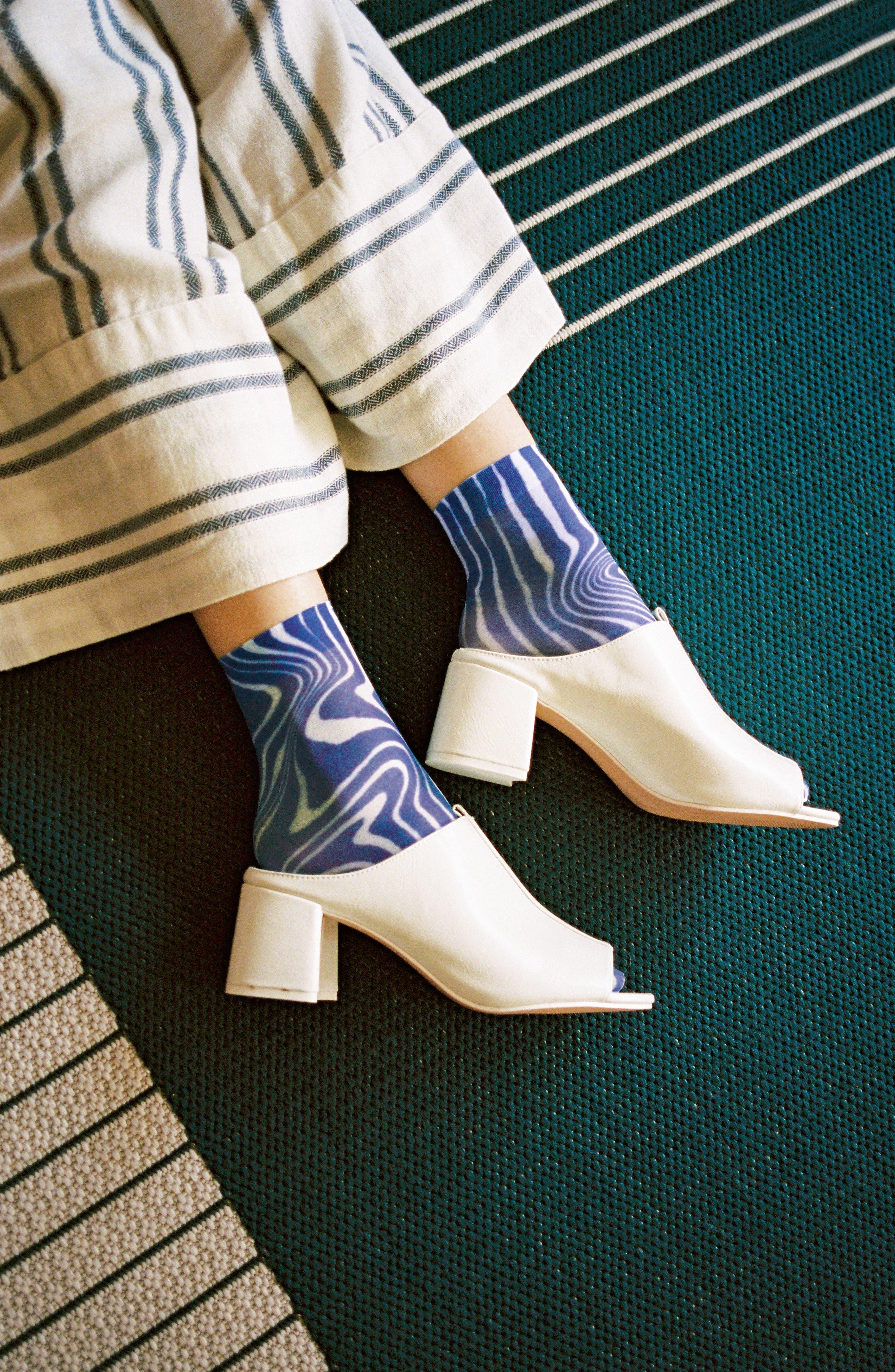 Mia Ankle Socks,                             Alternate thumbnail 4, color,                             BLACK