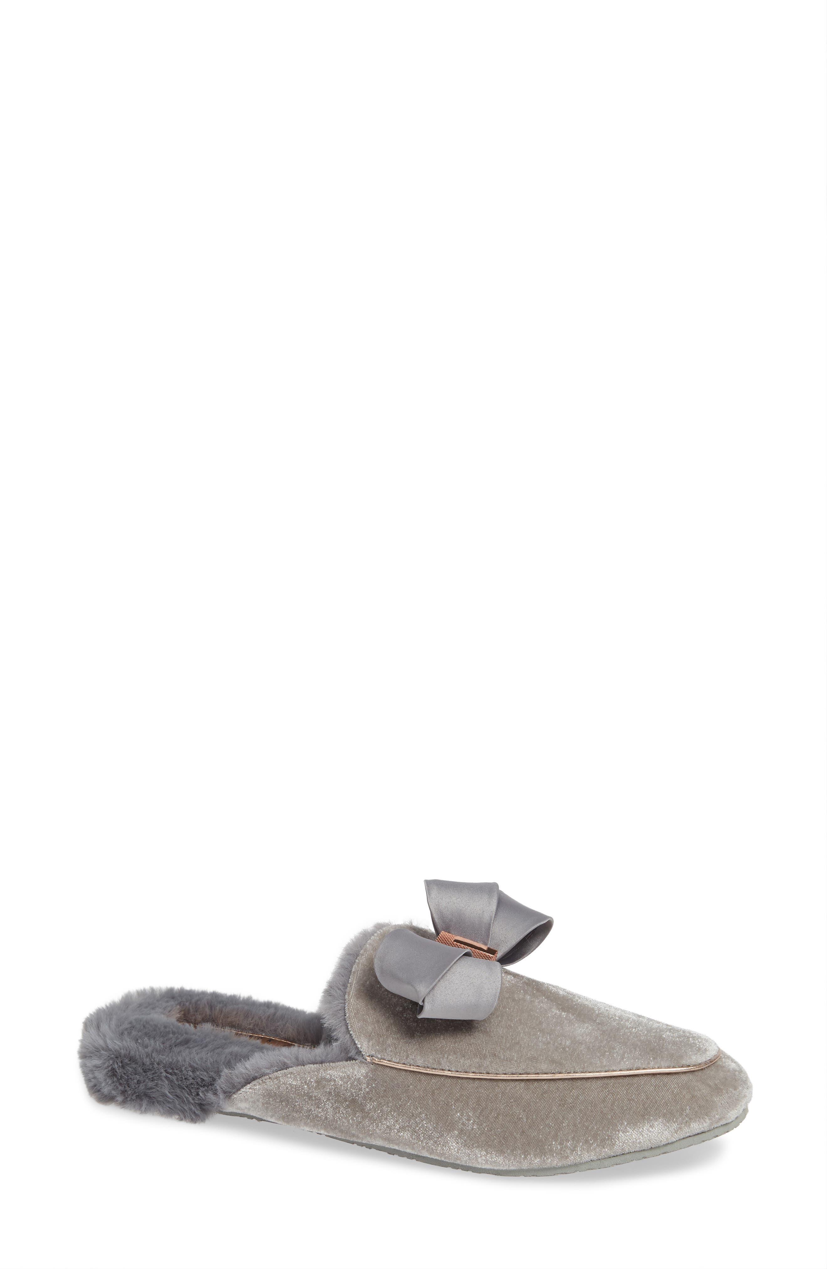 Faux Fur Slipper in Light Grey Velvet