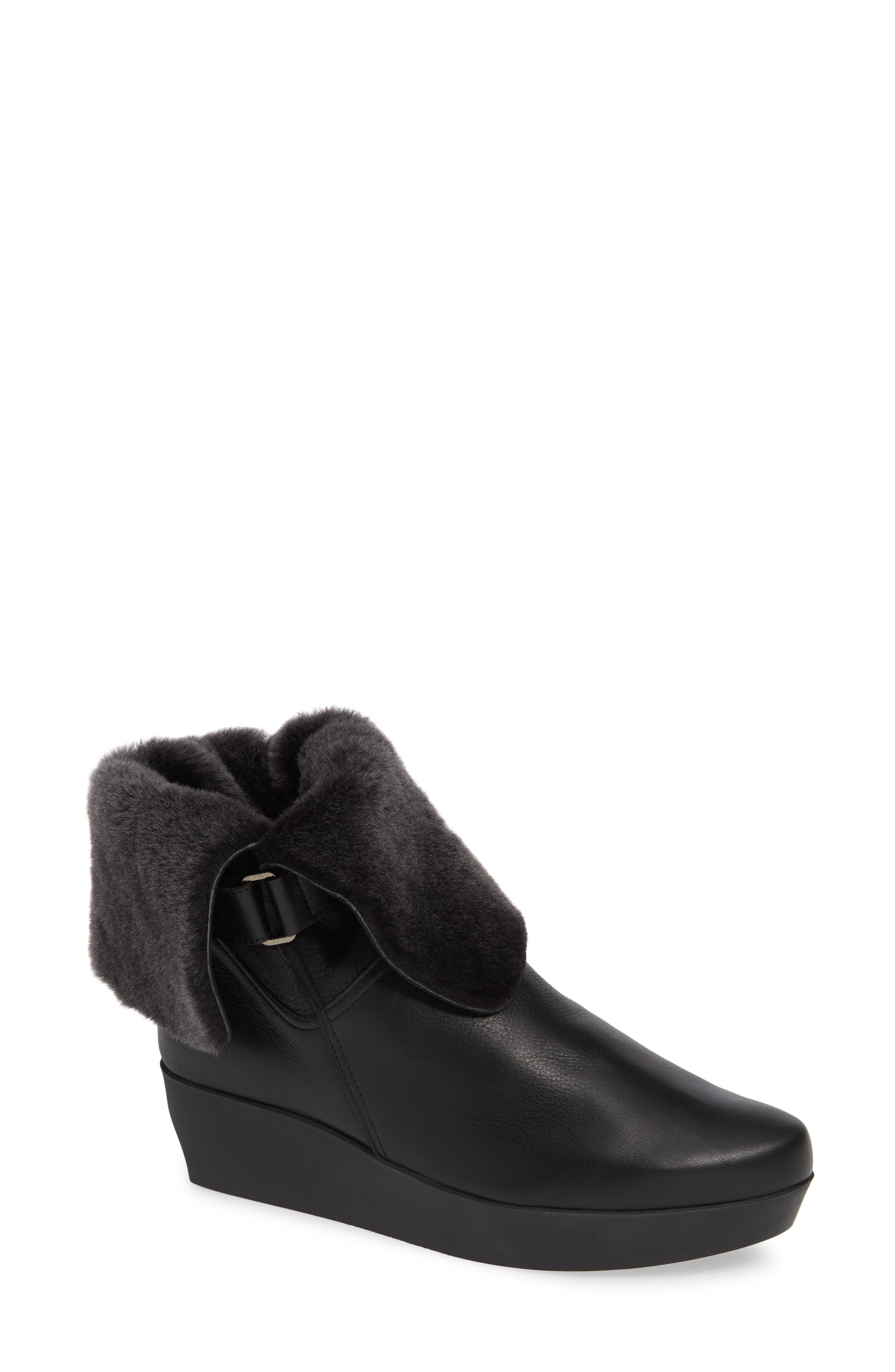 ARCHE Fujosc Genuine Shearling Bootie in Noir Leather