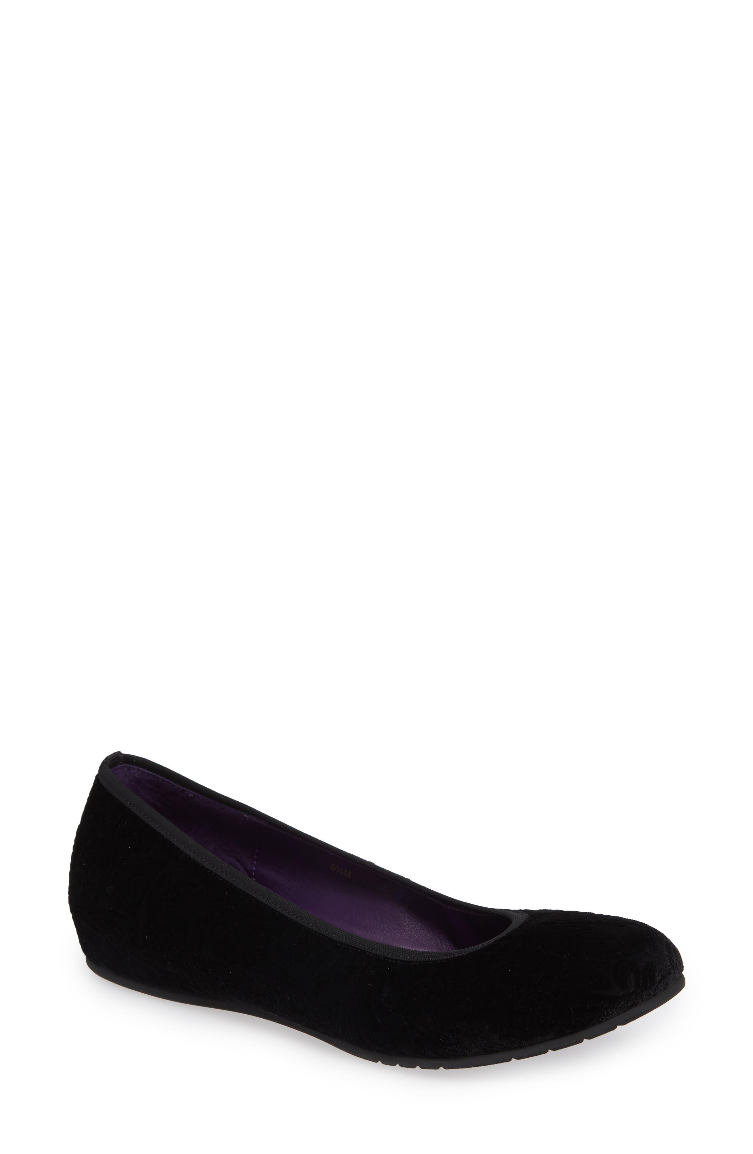 VANELI Padma Skimmer Flat, Main, color, BLACK VELVET