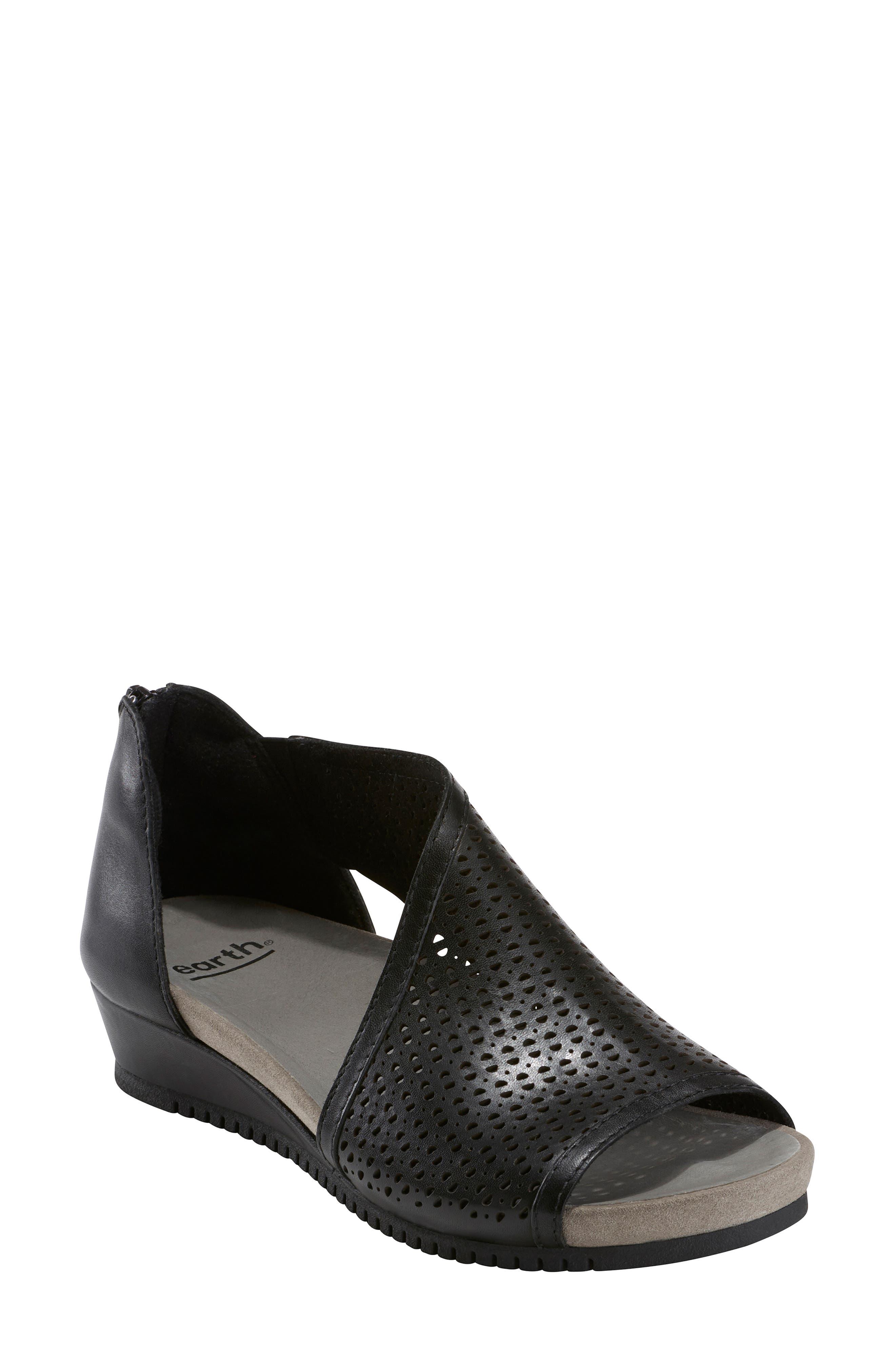 Capricorn Wedge Sandal, Main, color, BLACK LEATHER