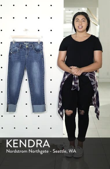 Flex-ellent Cuffed Boyfriend Jeans, sales video thumbnail