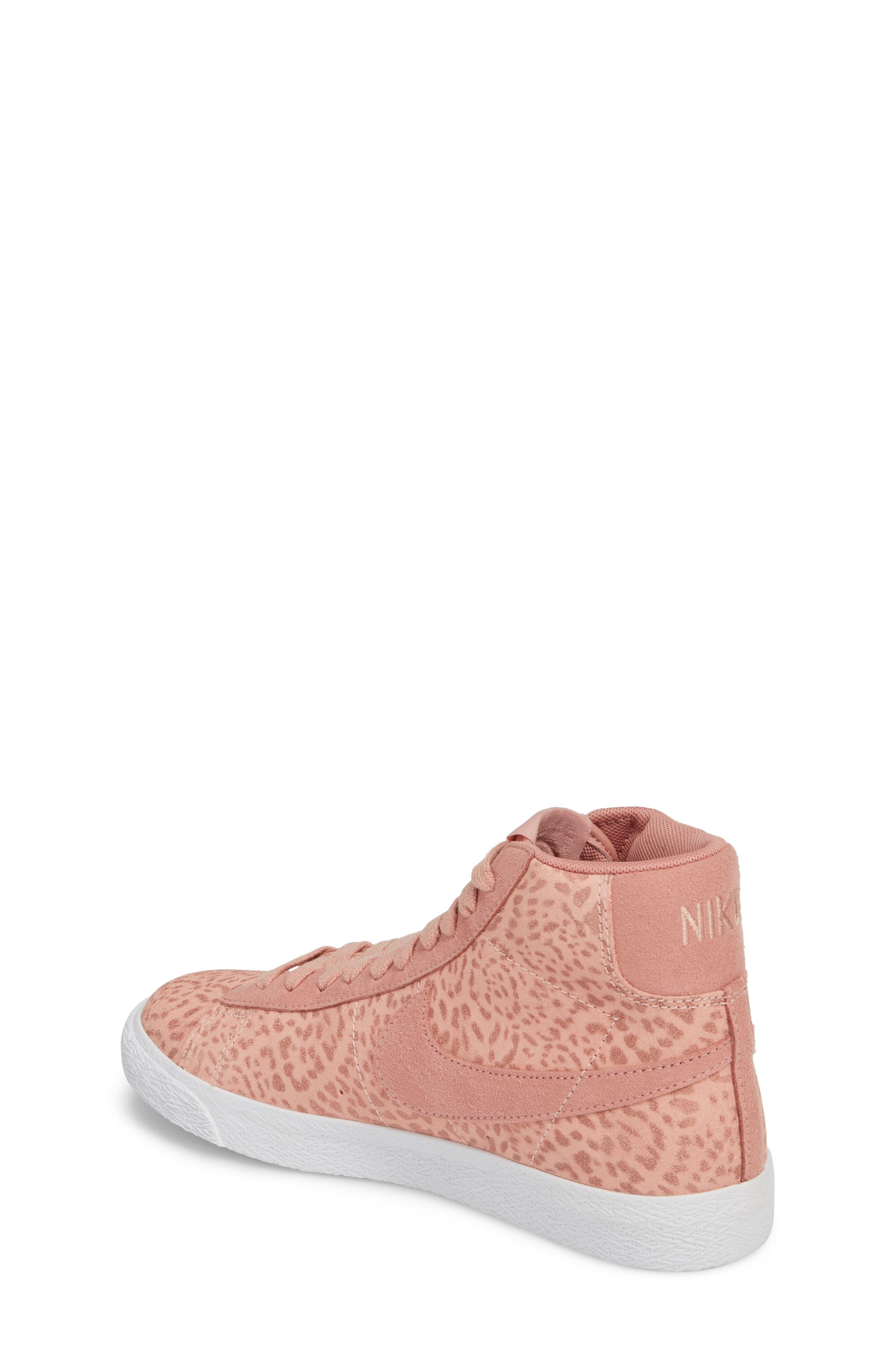 Blazer Mid SE High Top Sneaker,                             Alternate thumbnail 5, color,